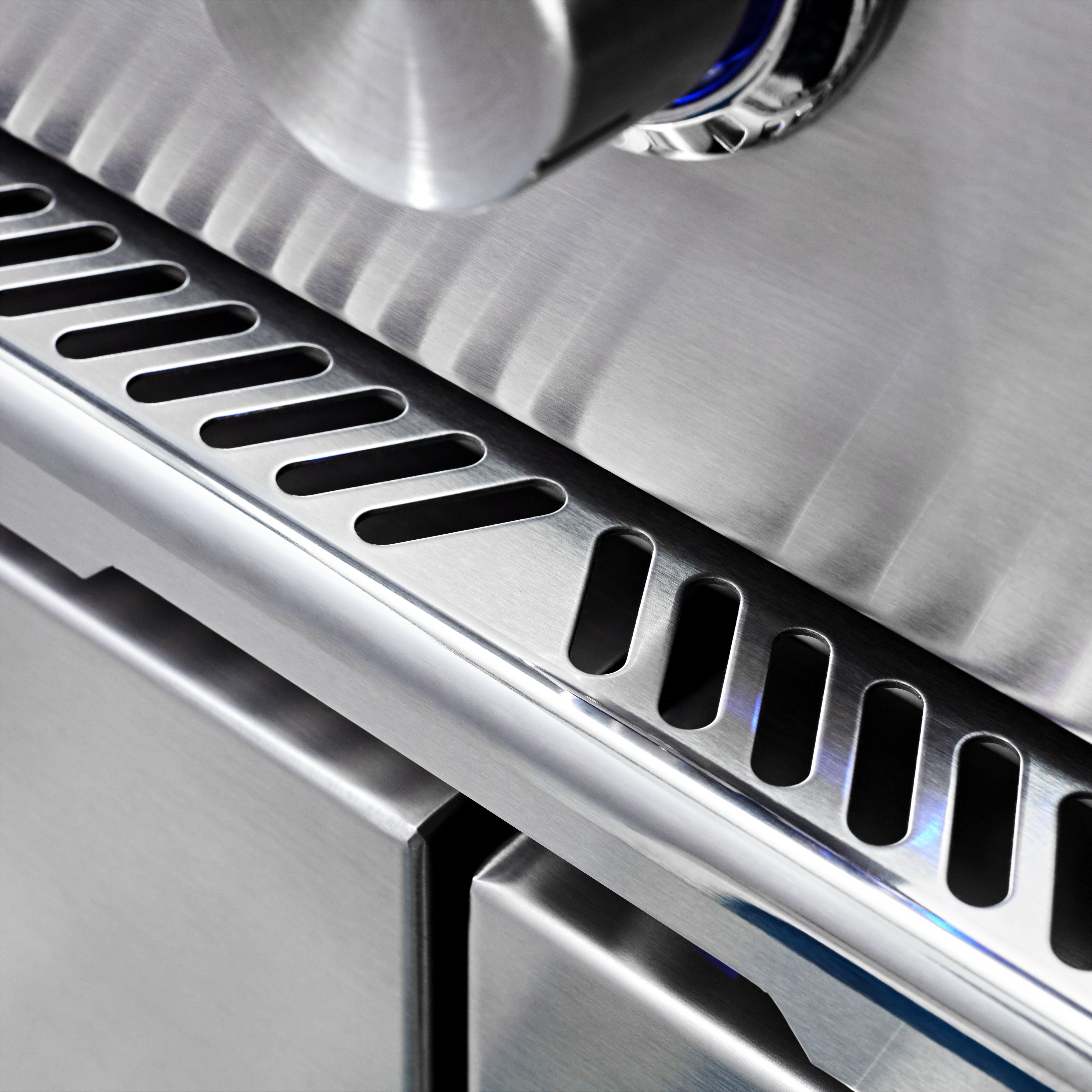 """Model: L42ATRF-NG   Lynx 42"""" Lynx Professional All Trident™ Freestanding Grill Rotisserie, NG"""