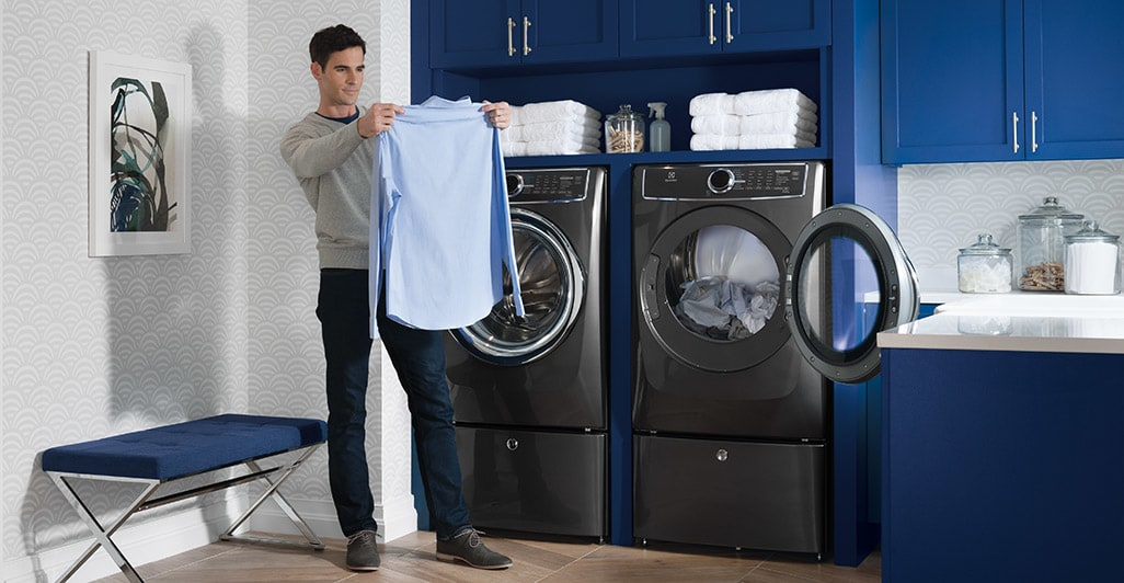 Model: EFME517STT | Electrolux Front Load Perfect Steam™ Electric Dryer with Instant Refresh and 8 cycles - 8.0 Cu. Ft.