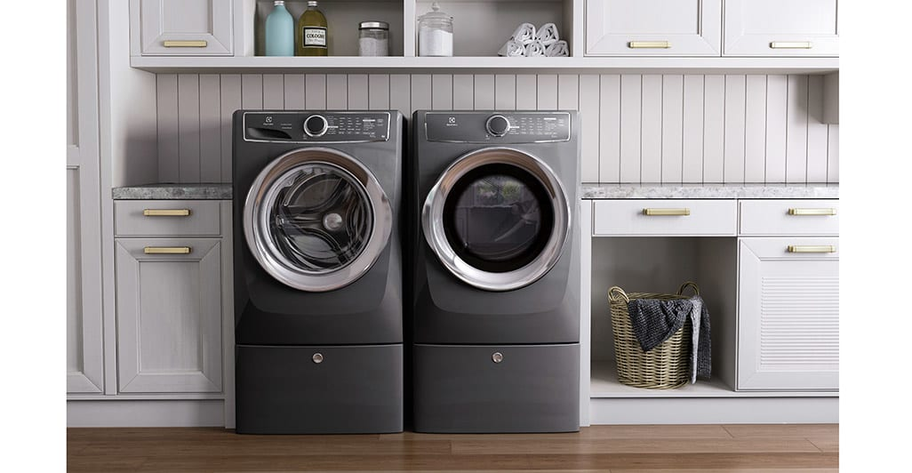Model: EFME517STT | Front Load Perfect Steam™ Electric Dryer with Instant Refresh and 8 cycles - 8.0 Cu. Ft.