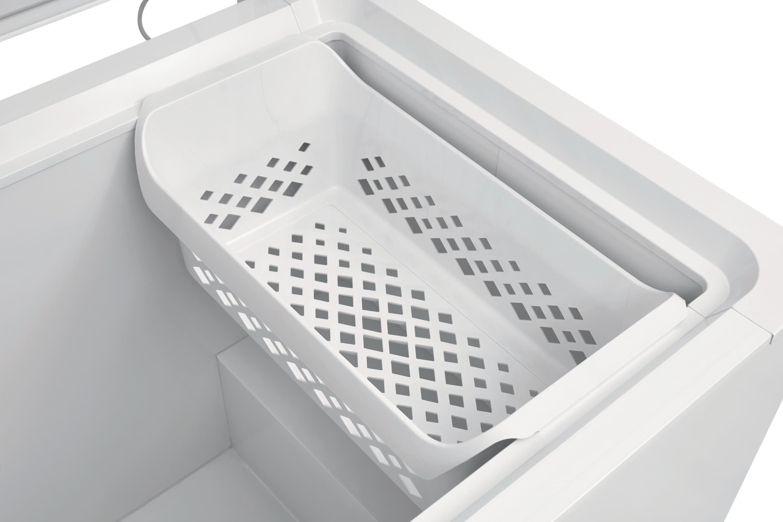 Model: FFFC13M4TW | 12.8 Cu. Ft. Chest Freezer