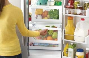 Model: FFHD2250TS | 21.7 Cu. Ft. French Door Counter-Depth Refrigerator