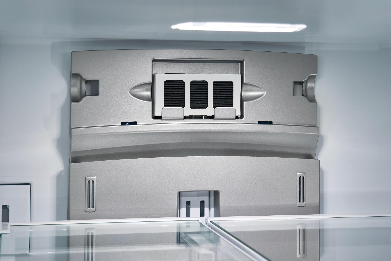 Model: FGHD2368TF | 21.7 Cu. Ft. Counter-Depth French Door Refrigerator