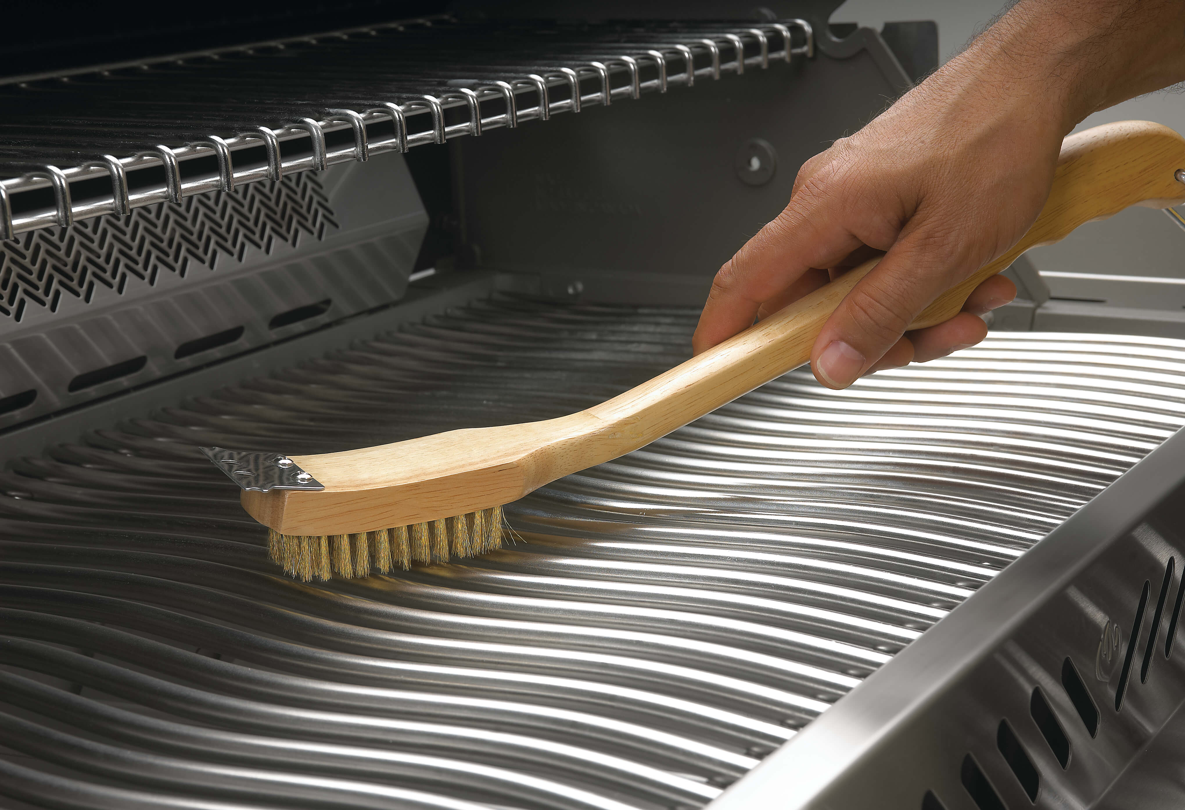 Model: 62028   Napoleon Grill Brush with Brass Bristles