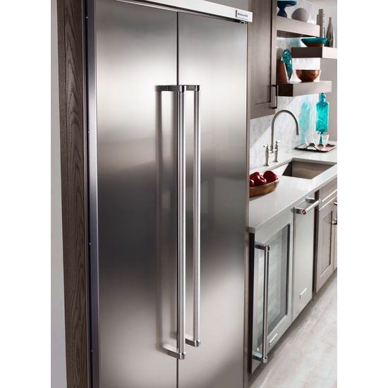 Model: KBSN602ESS | 25.5 cu. ft 42-Inch Width Built-In Side by Side Refrigerator with PrintShield™ Finish