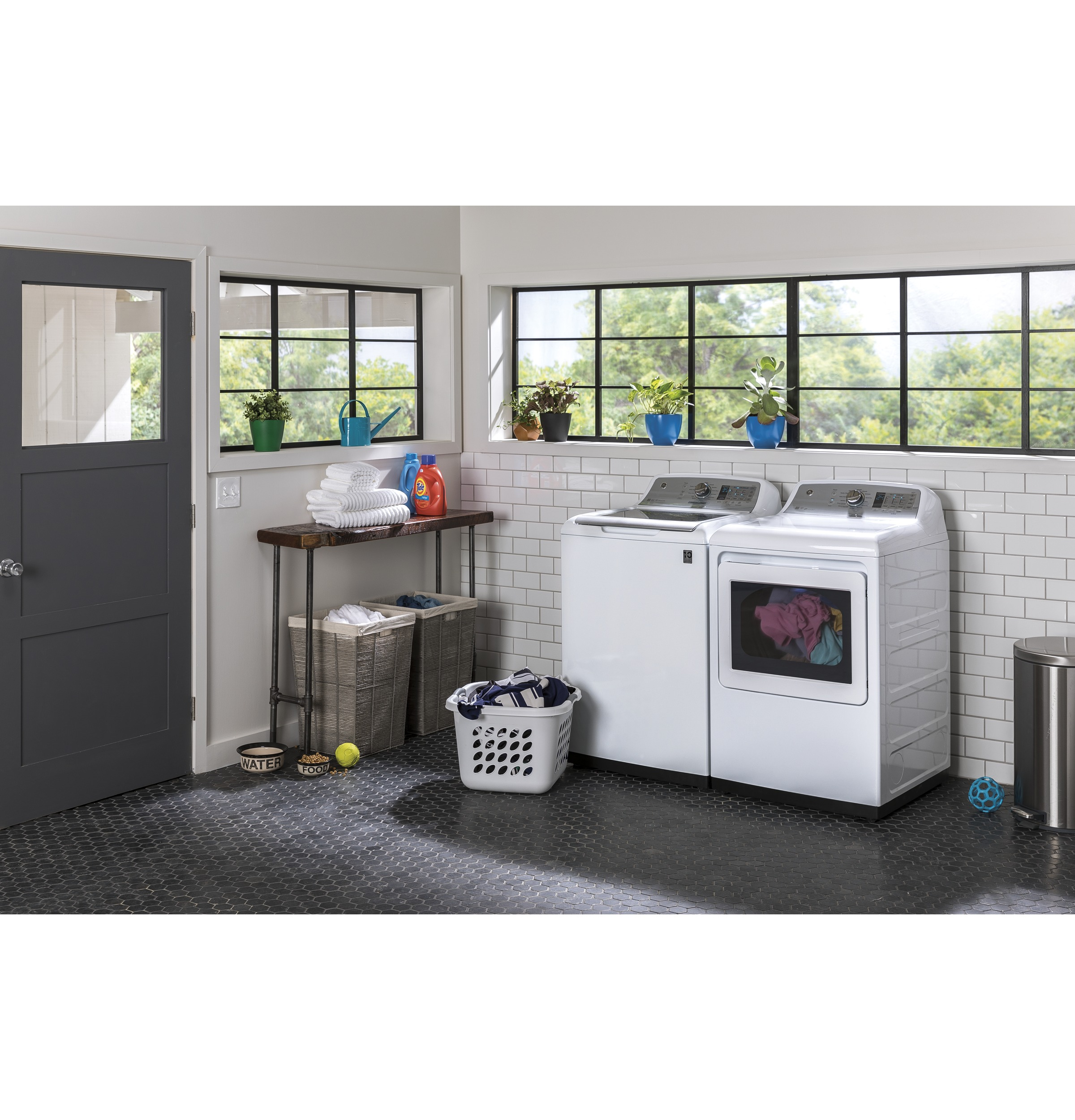 Model: GTW755CSMWS | GE® 4.9  cu. ft. Capacity  Washer with Stainless Steel Basket