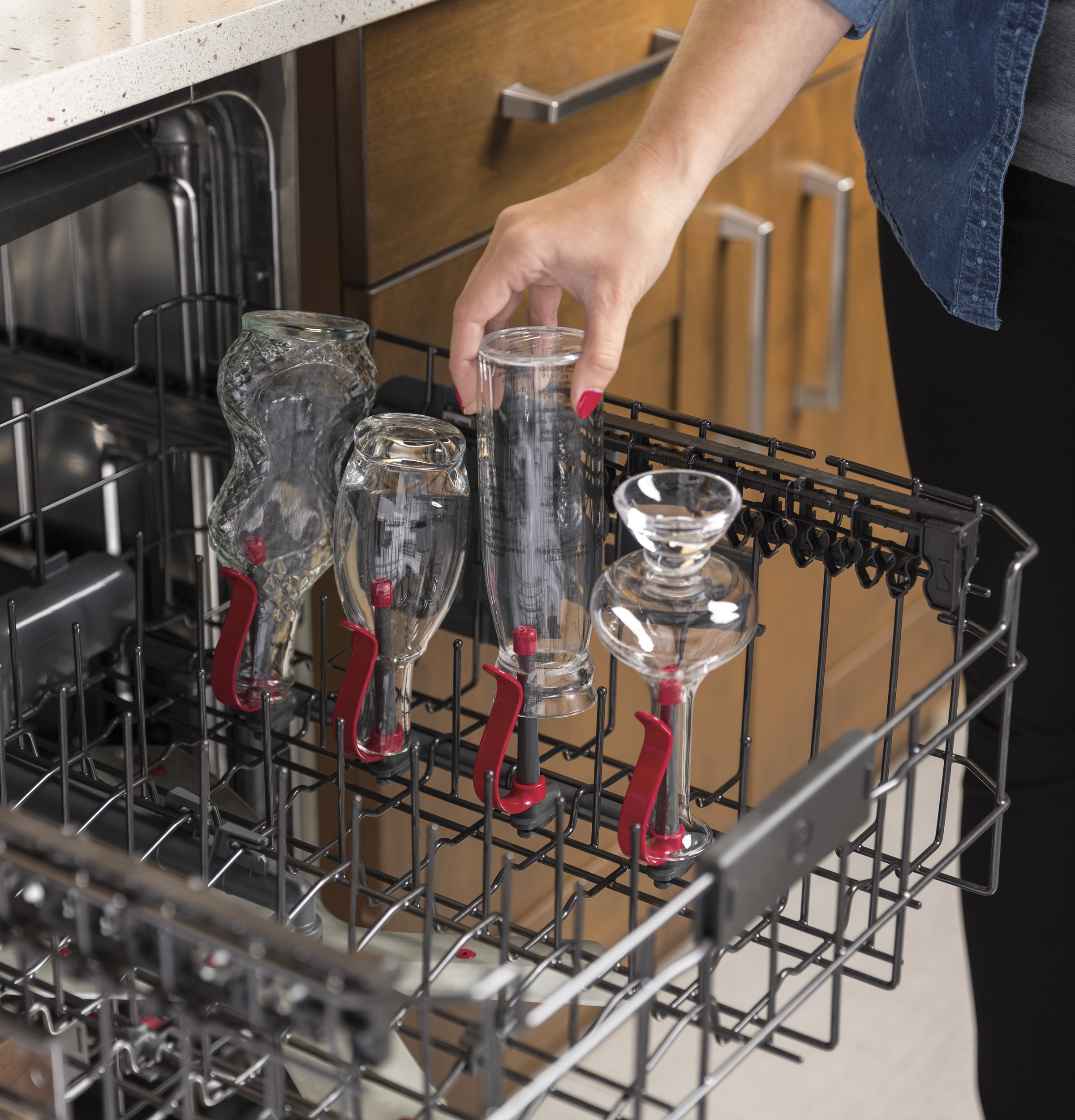 Model: GDT655SSJSS   GE® Stainless Steel Interior Dishwasher with Hidden Controls