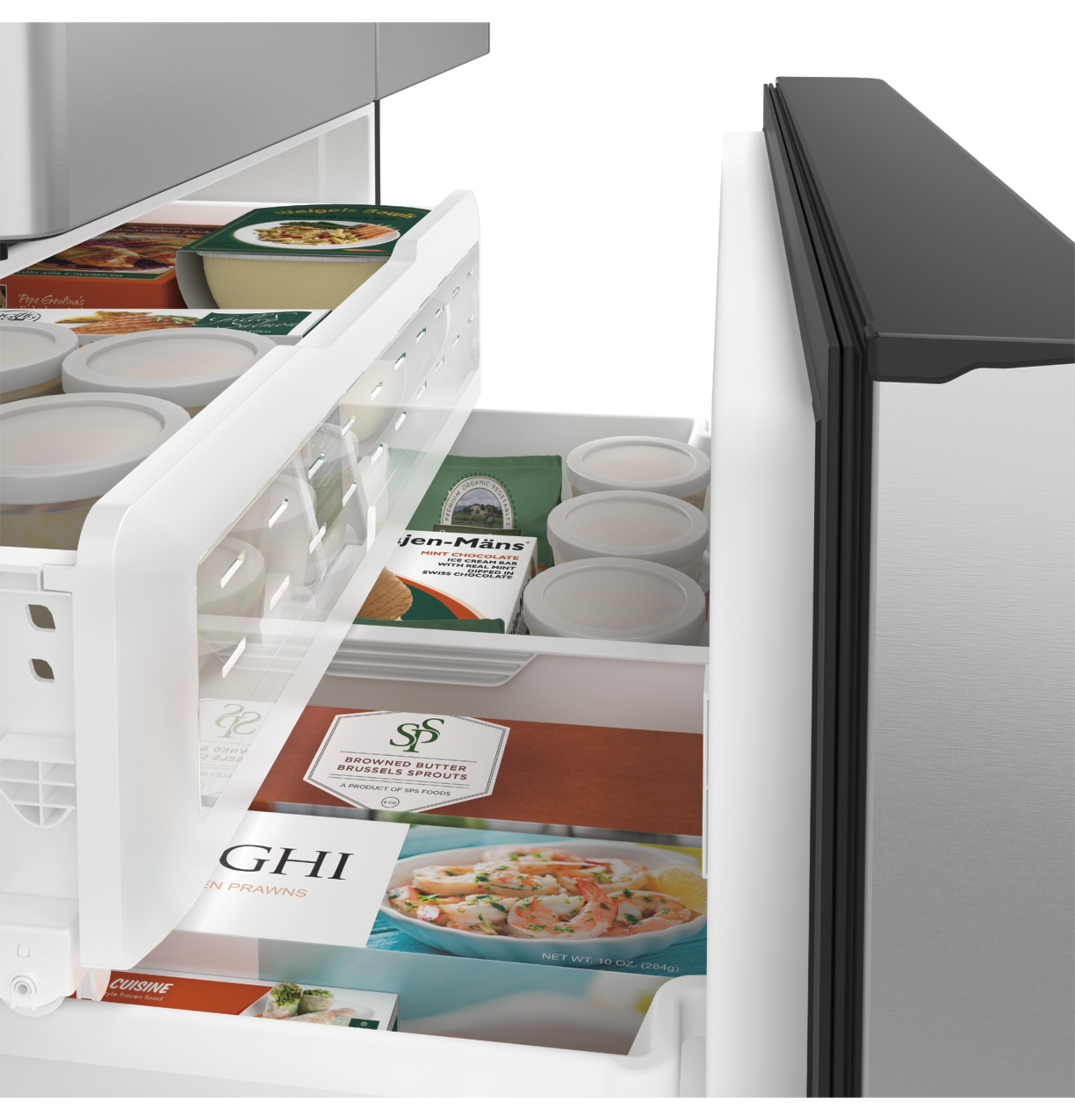 Model: CFE28UP2MS1 | Café™ ENERGY STAR® 27.8 Cu. Ft. French-Door Refrigerator with Keurig® K-Cup® Brewing System