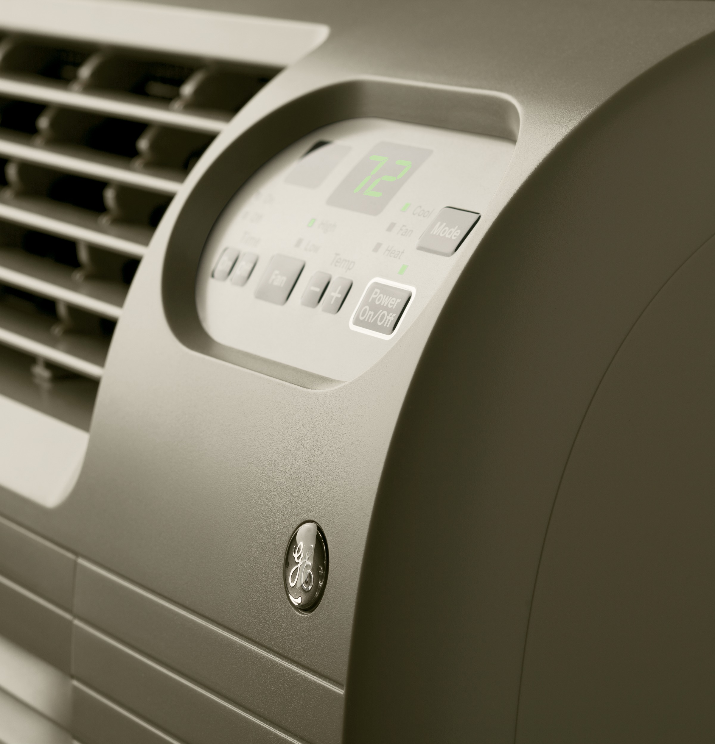 Model: AJEQ08ACF | GE® 115 Volt Built-In Heat/Cool Room Air Conditioner