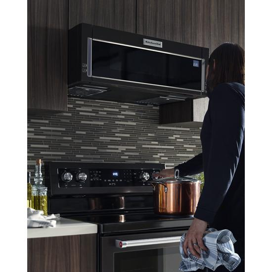 Model: KFEG500EBS | 30-Inch 5-Element Electric Convection Range
