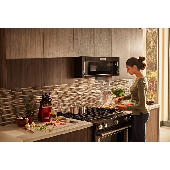Model: KMLS311HBS | KitchenAid 1000-Watt Low Profile Microwave Hood Combination with PrintShield™ Finish