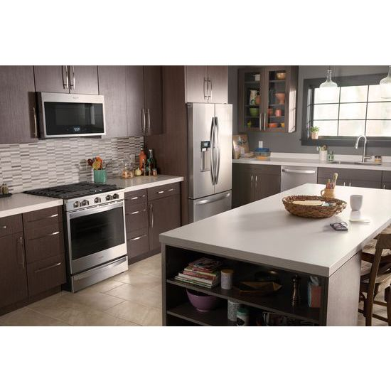 Model: WEG750H0HZ | Whirlpool 5.8 cu. ft. Smart Slide-in Gas Range with EZ-2-Lift™ Hinged Cast-Iron Grates