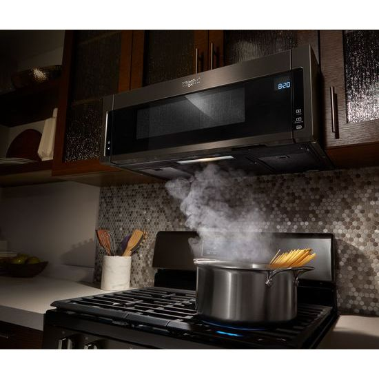 Model: WFG525S0HV | Whirlpool 5.0 cu. ft. Freestanding Gas Range with Center Oval Burner