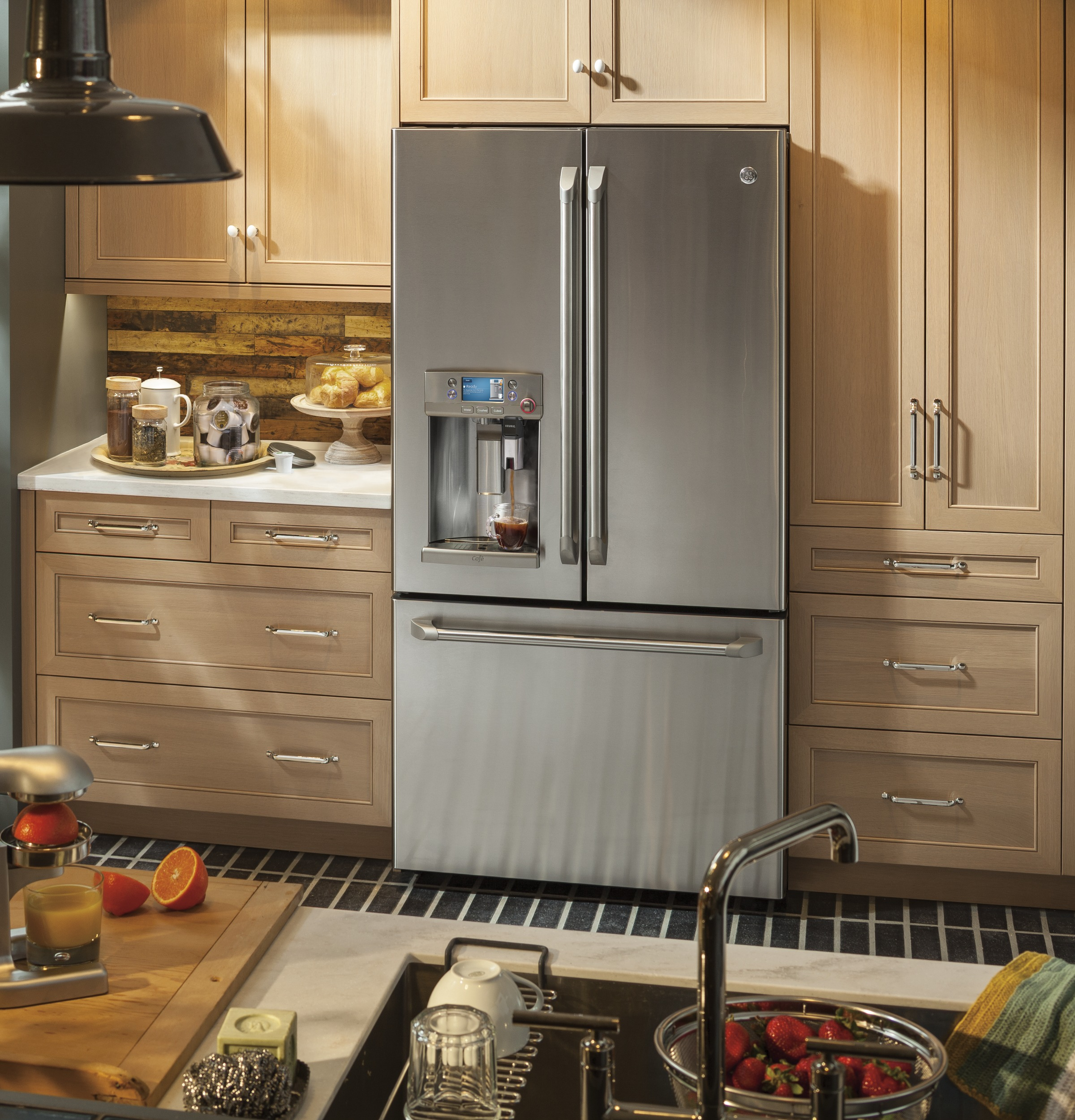 Model: CFE28USHSS | GE Cafe GE Café™ Series ENERGY STAR® 27.8 Cu. Ft. French-Door Refrigerator with Keurig® K-Cup® Brewing System