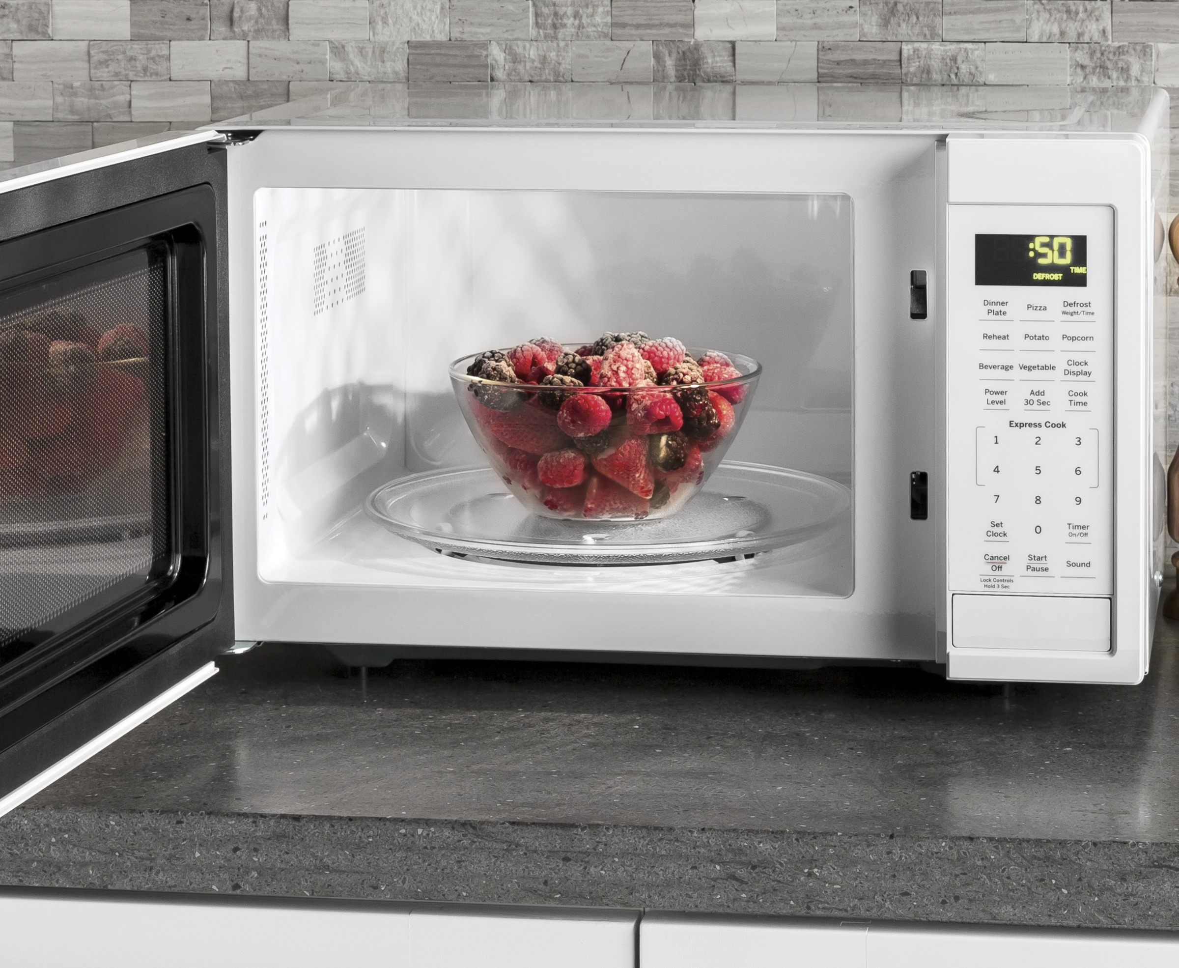 Model: JES1095DMWW | GE® 0.9 Cu. Ft. Capacity Countertop Microwave Oven
