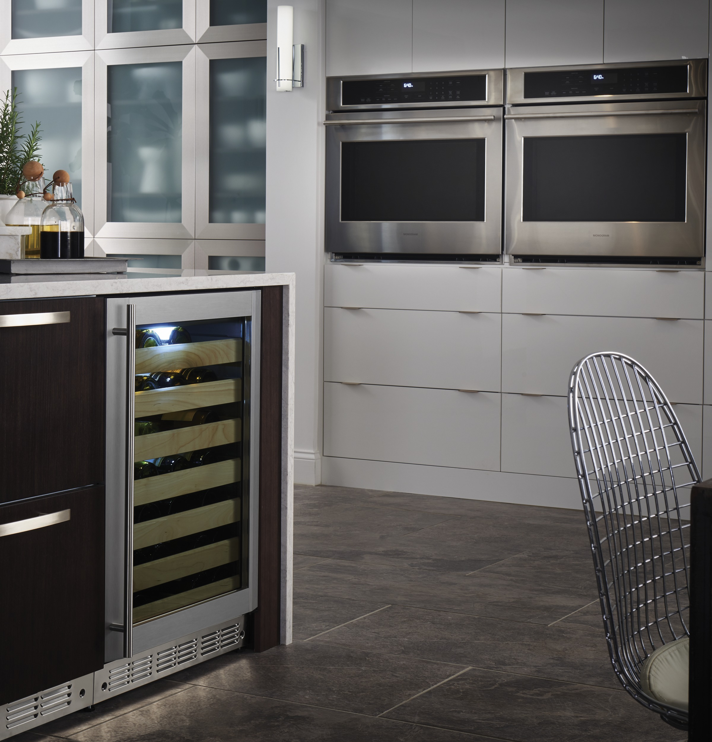 "Model: ZET9050SHSS | Monogram Monogram 30"" Electric Convection Single Wall Oven"