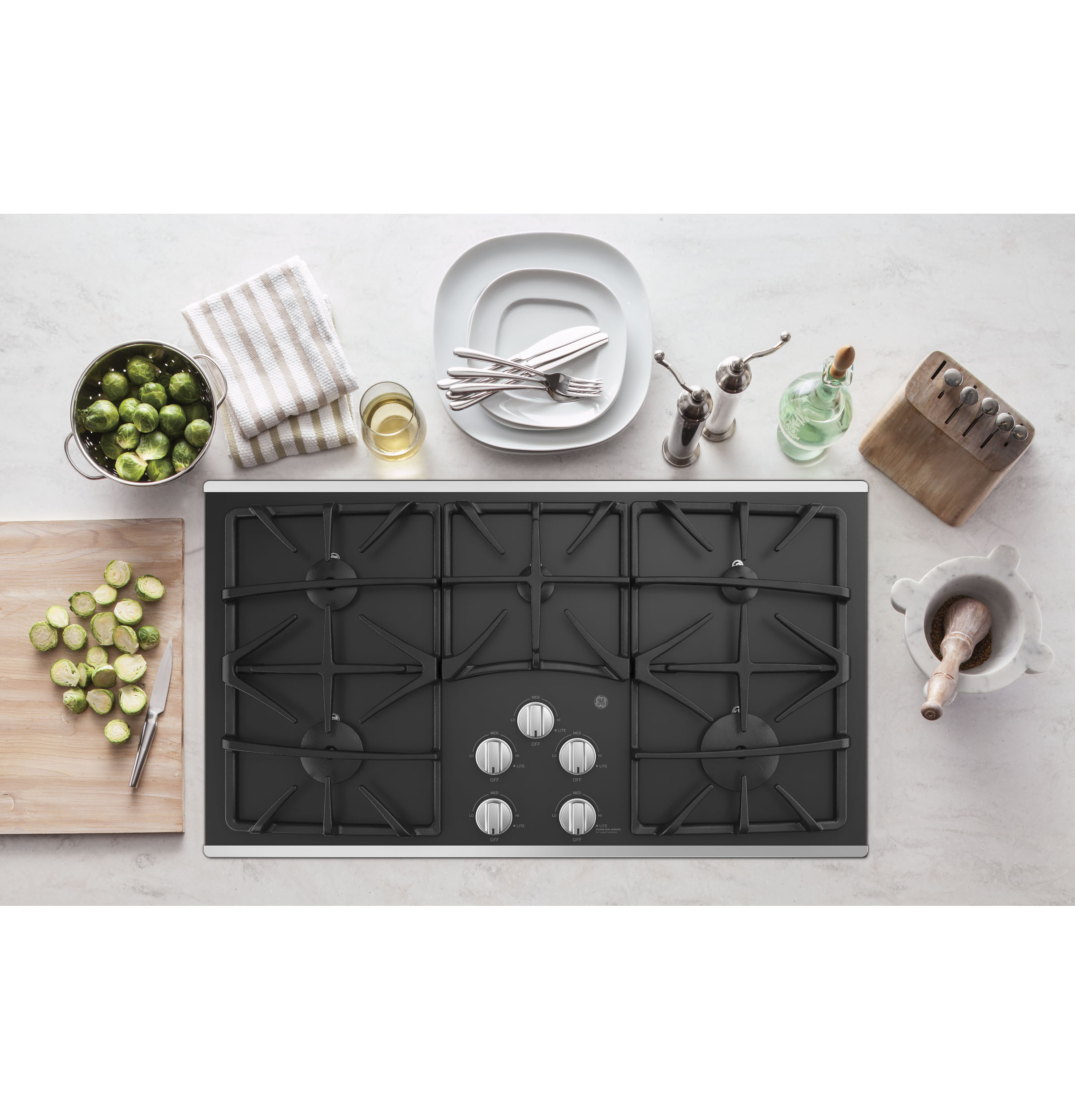 "Model: JGP5536SLSS | GE GE® 36"" Built-In Gas on Glass Cooktop with 5 Burners and Dishwasher Safe Grates"