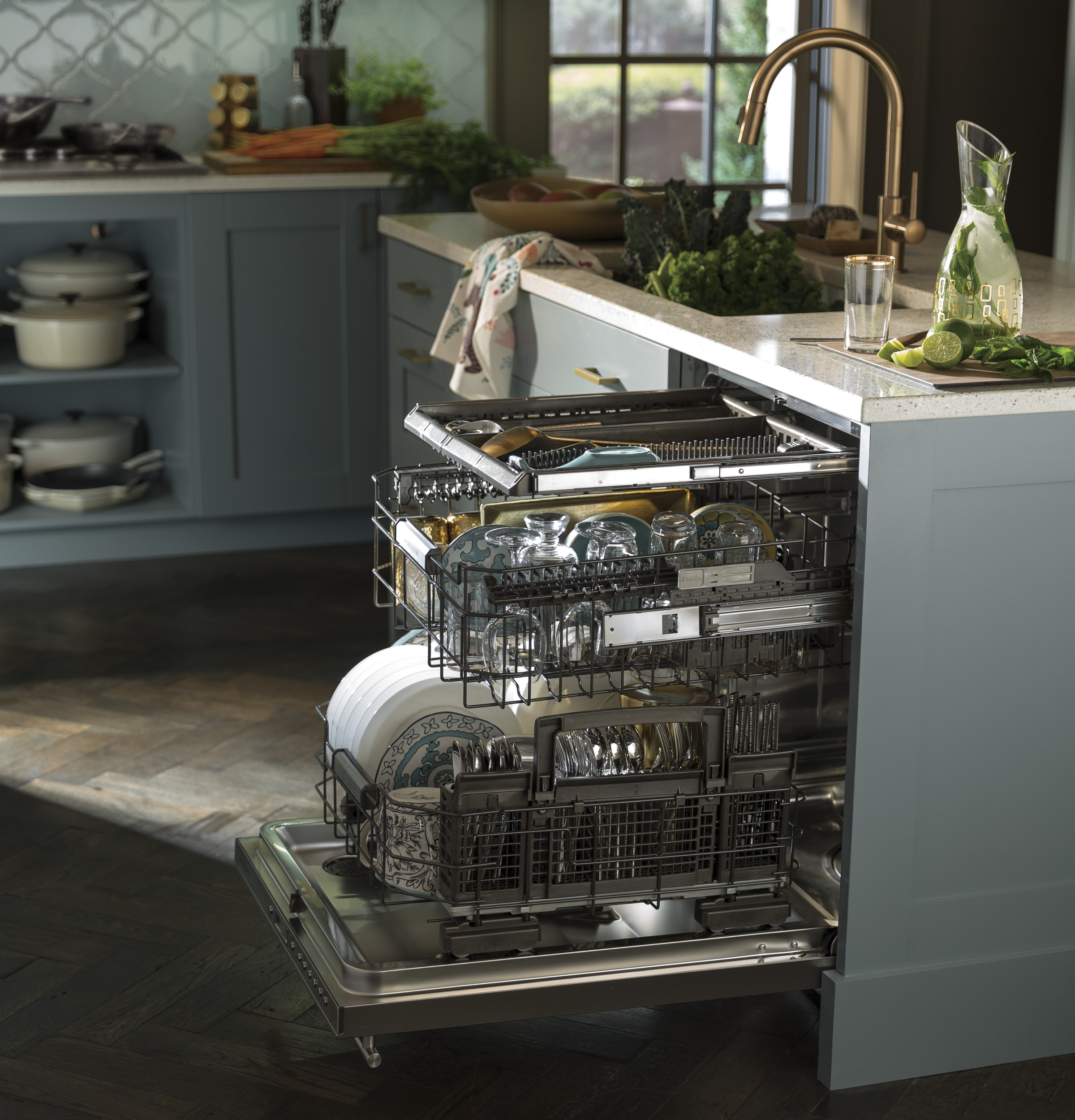 Model: ZDT975SSJSS | Monogram Monogram Smart Fully Integrated Dishwasher