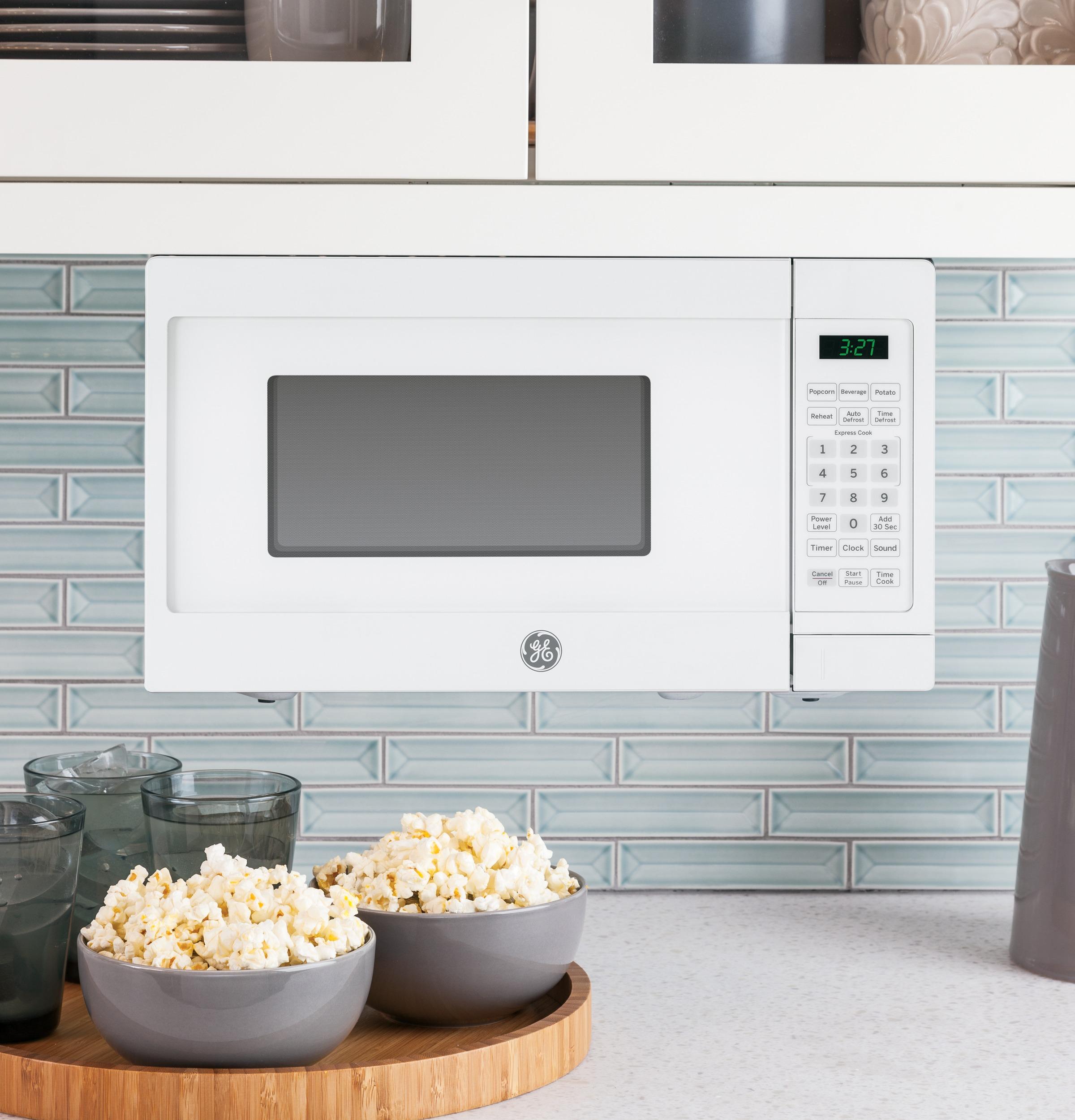 Model: JEM3072DHWW | GE GE® 0.7 Cu. Ft. Capacity Countertop Microwave Oven