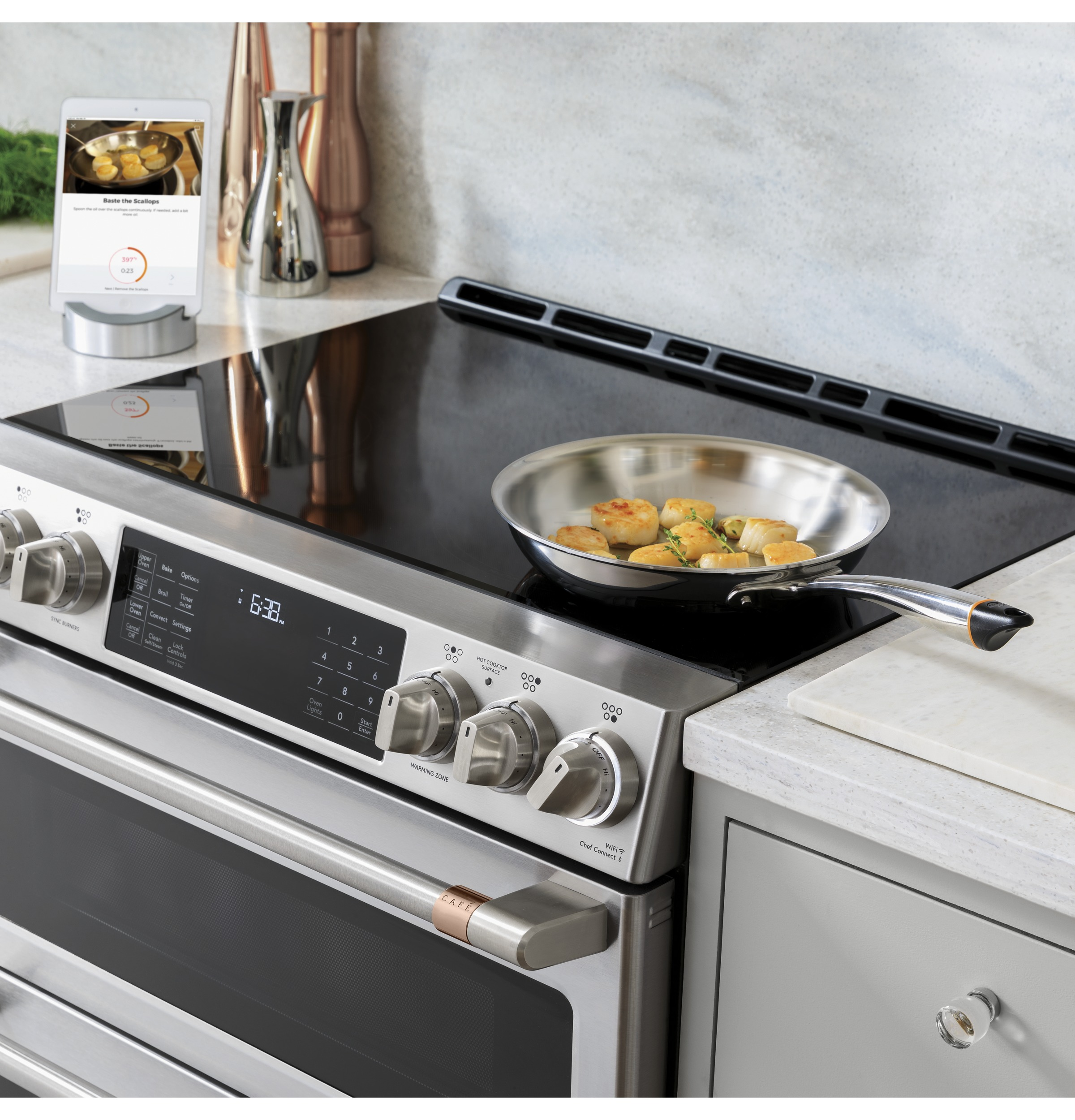 "Model: CHS900P2MS1 | Cafe Café™ 30"" Smart Slide-In, Front-Control, Induction and Convection Range with Warming Drawer"