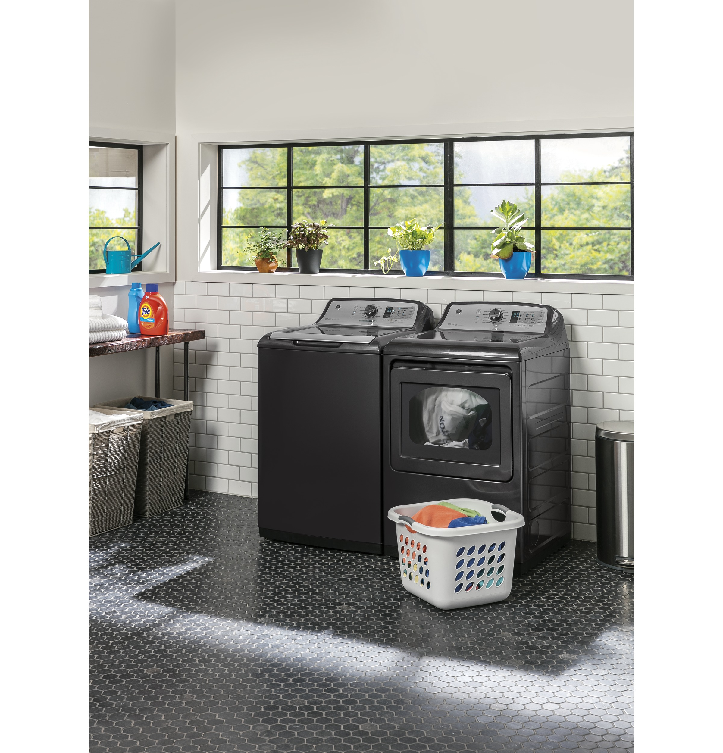 Model: GTW755CPMDG | GE GE® 4.9  cu. ft. Capacity  Washer with Stainless Steel Basket