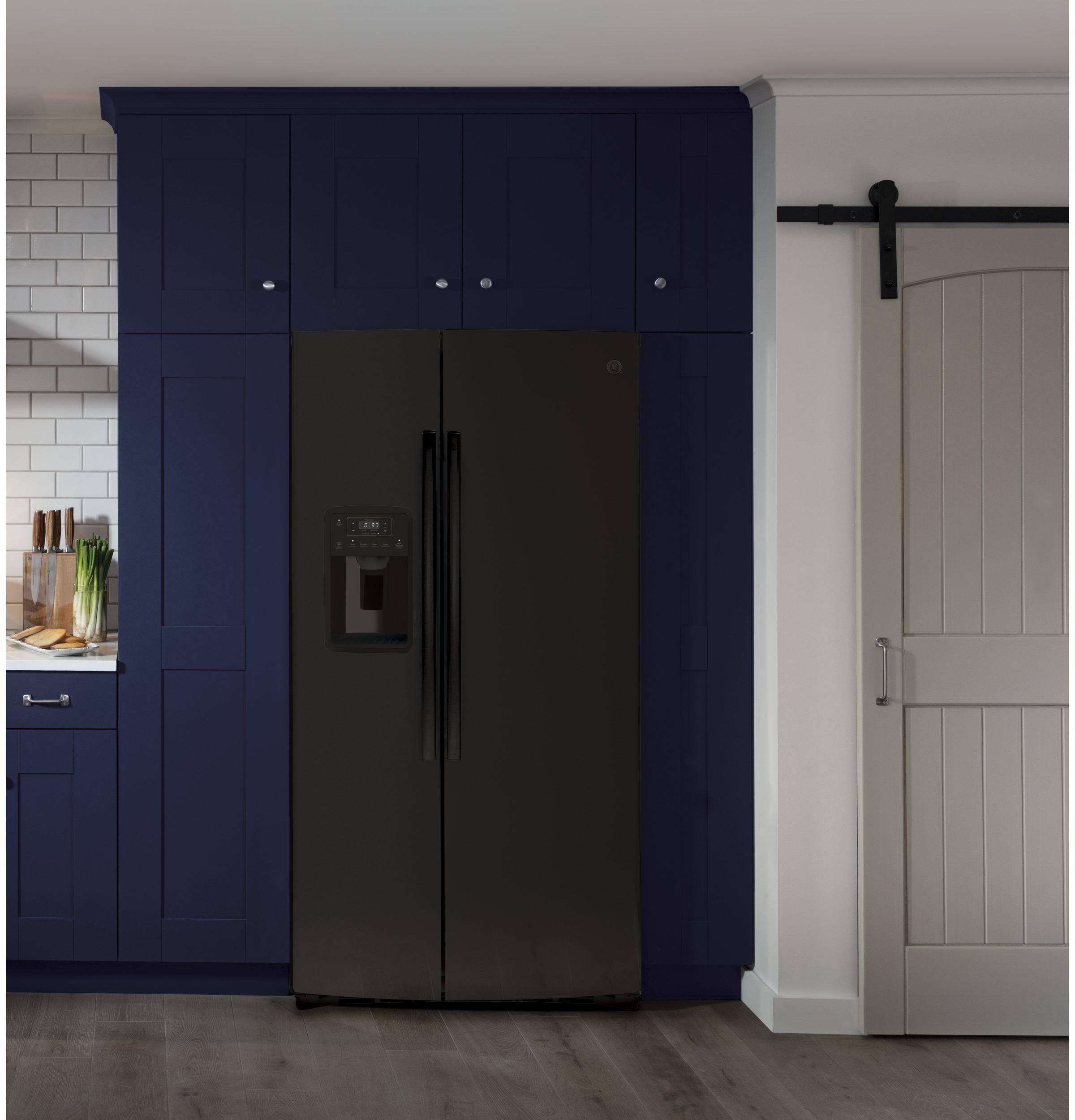 Model: GSS25IGNBB | GE GE® 25.1 Cu. Ft. Side-By-Side Refrigerator