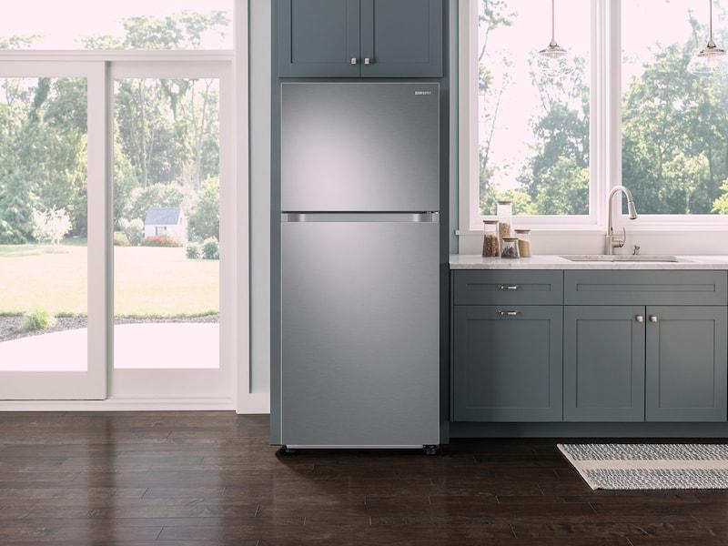 Samsung - RT18M6213SR - 18 cu  ft  Capacity Top Freezer