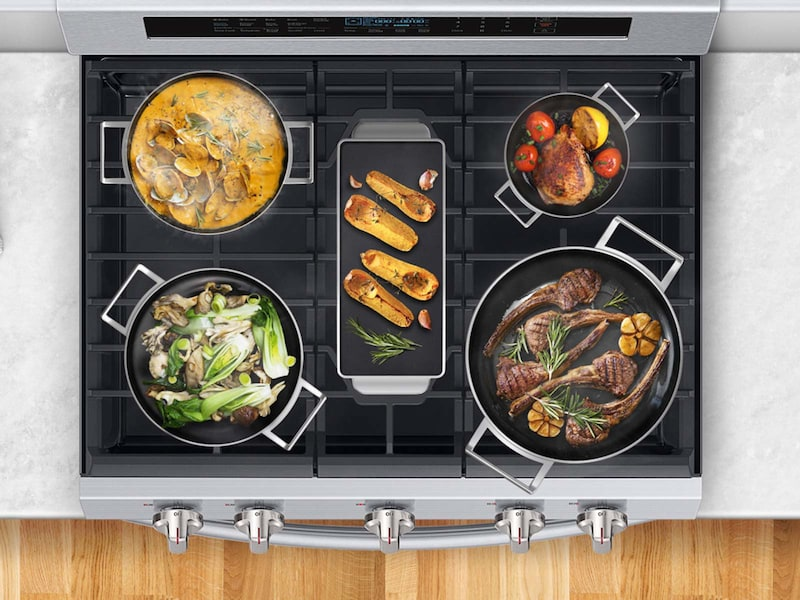 Model: NX58M6650WS | Samsung 5.8 cu. Ft. Freestanding Gas Range with True Convection and Steam Reheat