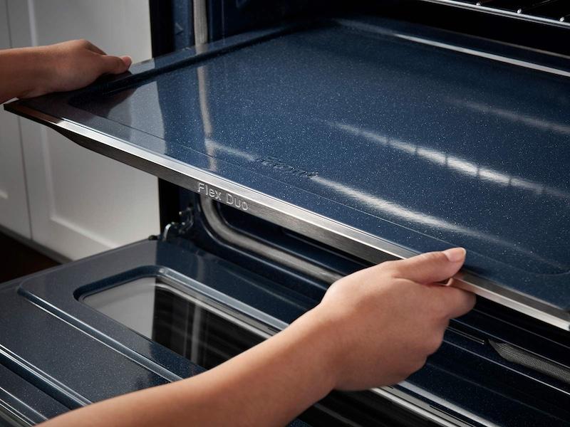 Model: NE58K9850WS | Samsung 5.8 cu. ft. Slide-In Electric Flex Duo™ Range with Dual Door