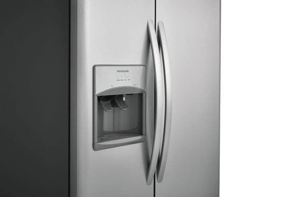 Model: FFSS2615TE | Frigidaire 25.5 Cu. Ft. Side-by-Side Refrigerator