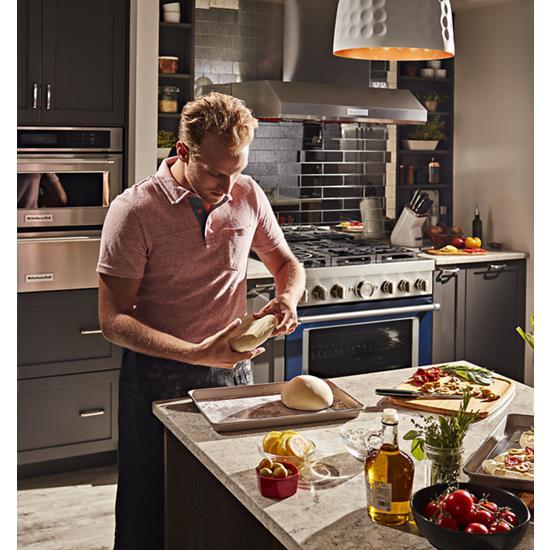 KitchenAid KitchenAid® 36'' Smart Commercial-Style Dual Fuel Range with 6 Burners