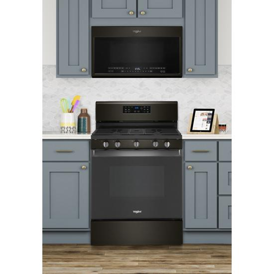 Model: WFG535S0JV | Whirlpool 5.0 cu. ft. Whirlpool® gas convection oven with fan convection cooking