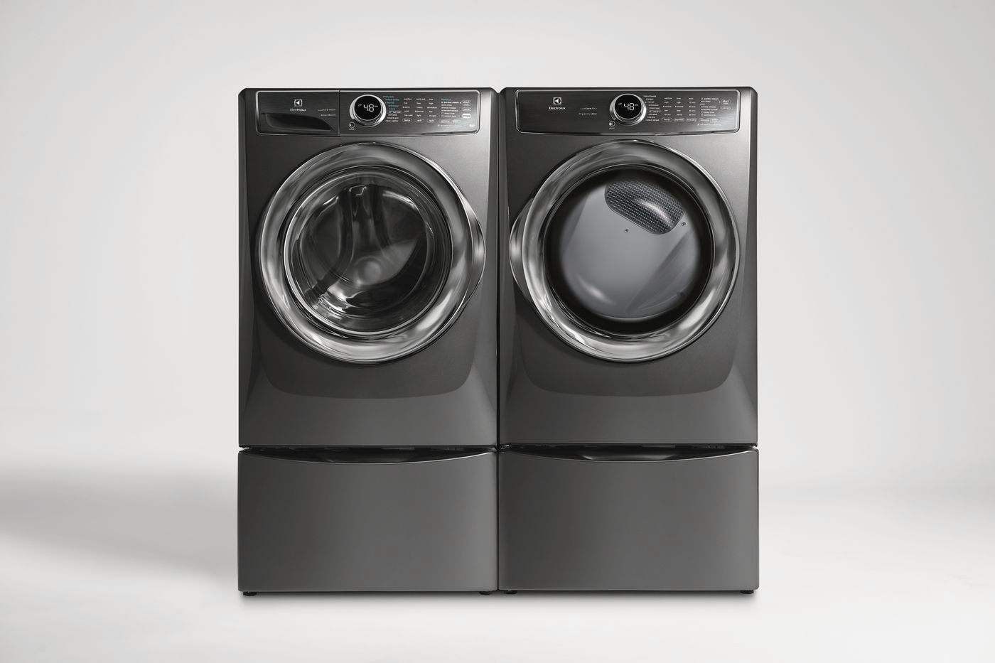 Model: EFME627UTT   Electrolux Front Load Perfect Steam™ Electric Dryer with PredictiveDry™ and Instant Refresh - 8.0. Cu. Ft.