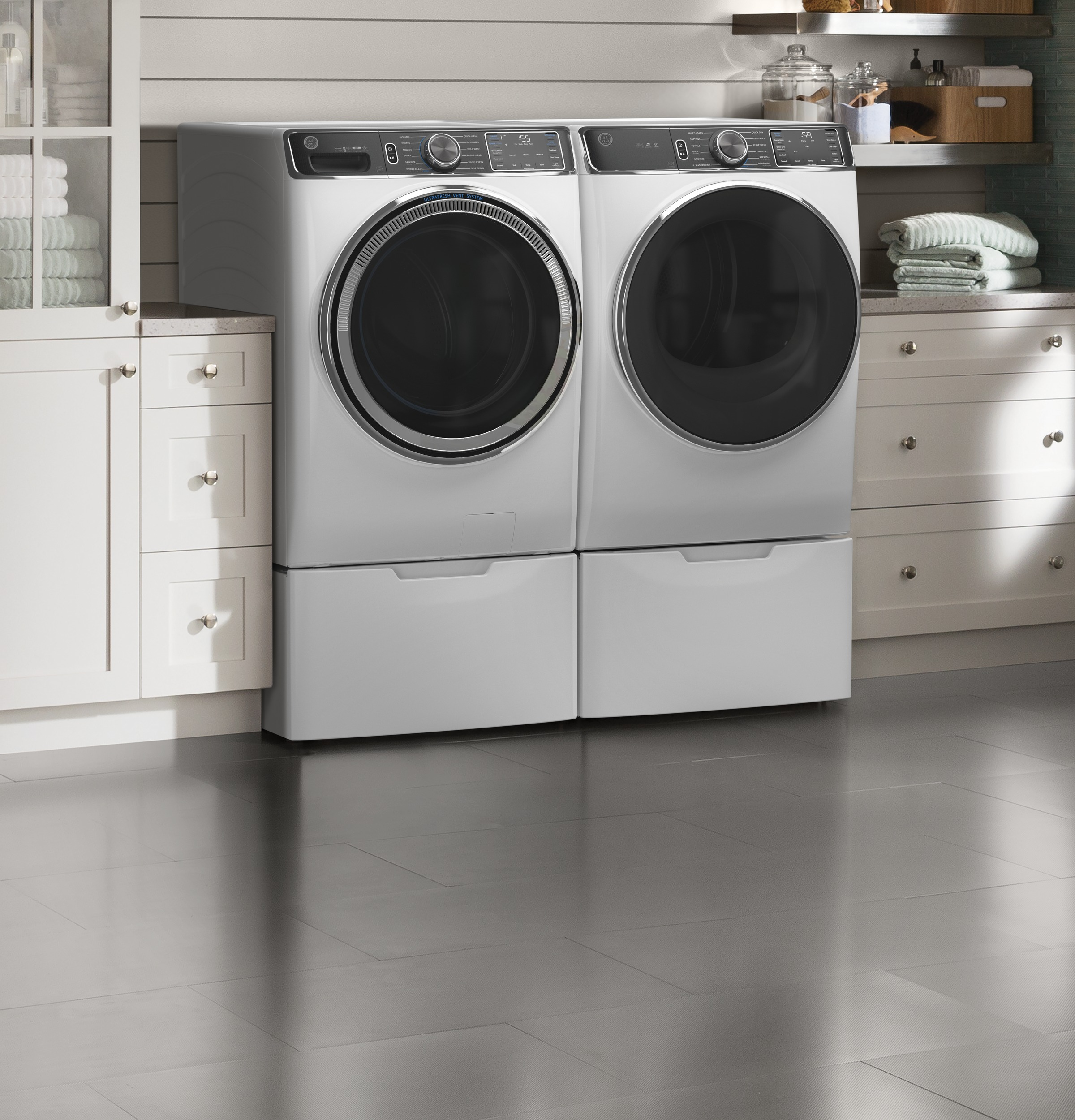 Model: GFD85ESSNWW | GE GE® 7.8 cu. ft. Capacity Smart Front Load Electric Dryer with Steam and Sanitize Cycle