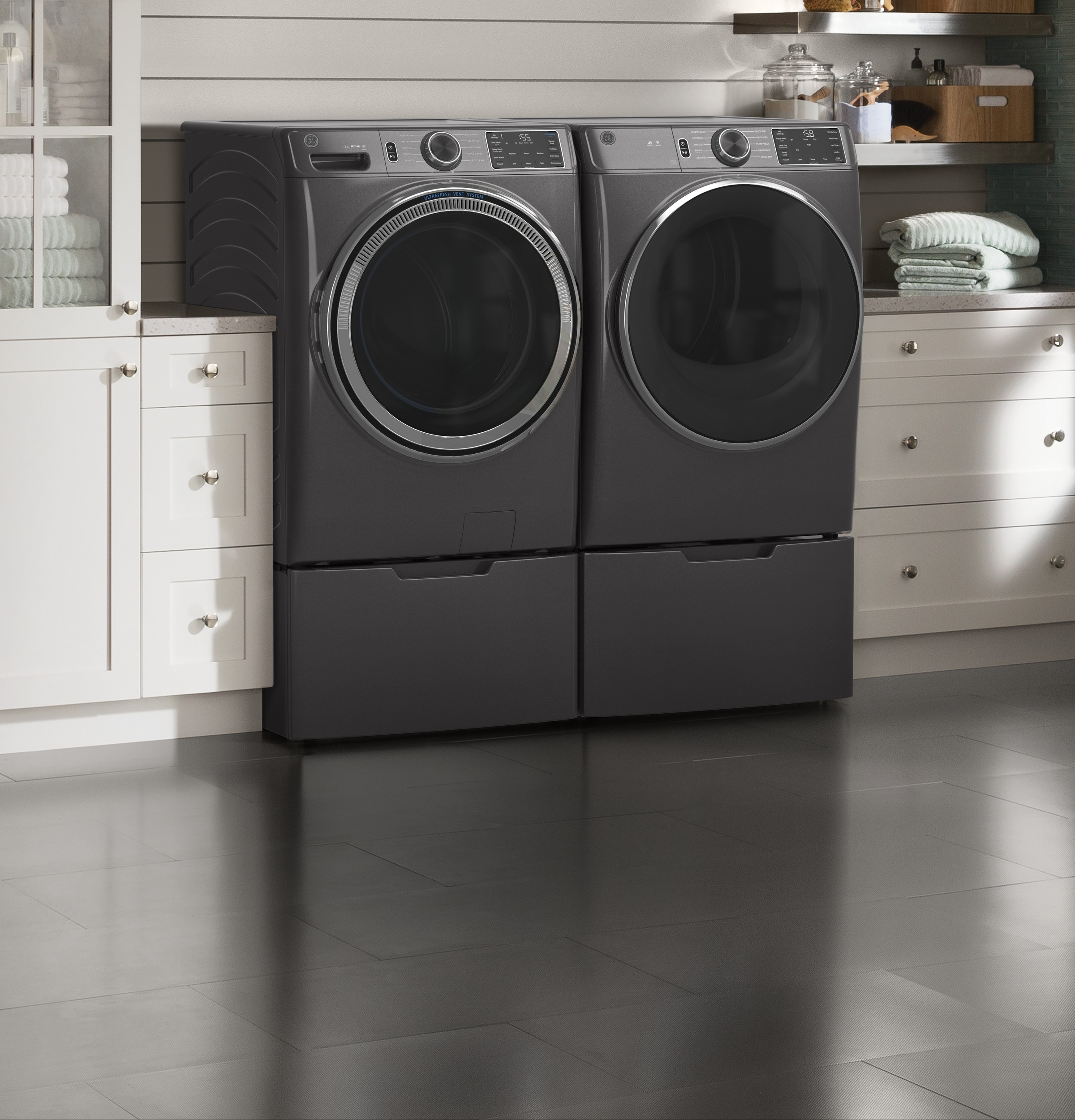 Model: GFD55ESPNDG | GE GE® 7.8 cu. ft. Capacity Smart Front Load Electric Dryer with Sanitize Cycle