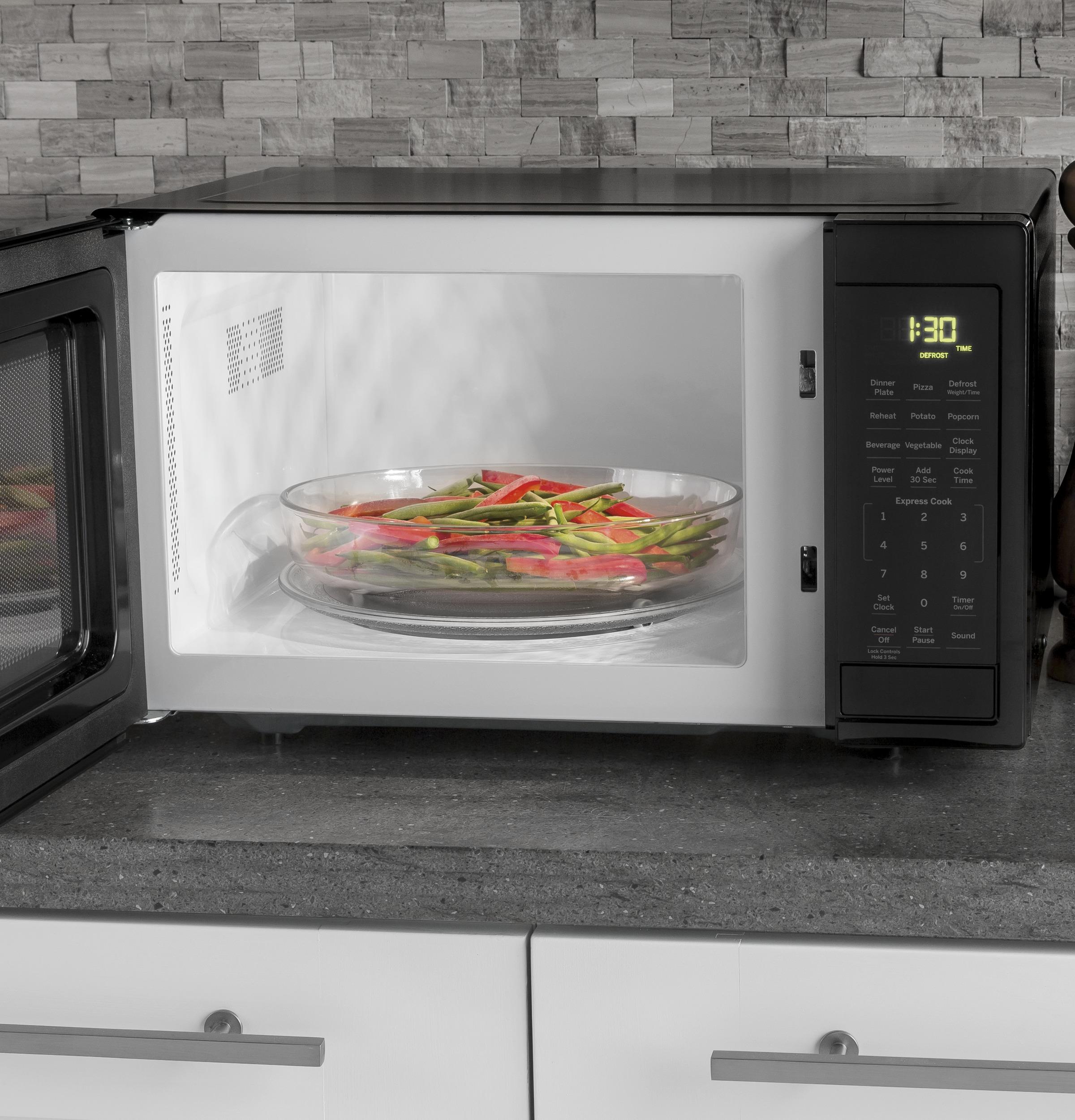 Model: JES1095DMBB | GE GE® 0.9 Cu. Ft. Capacity Countertop Microwave Oven