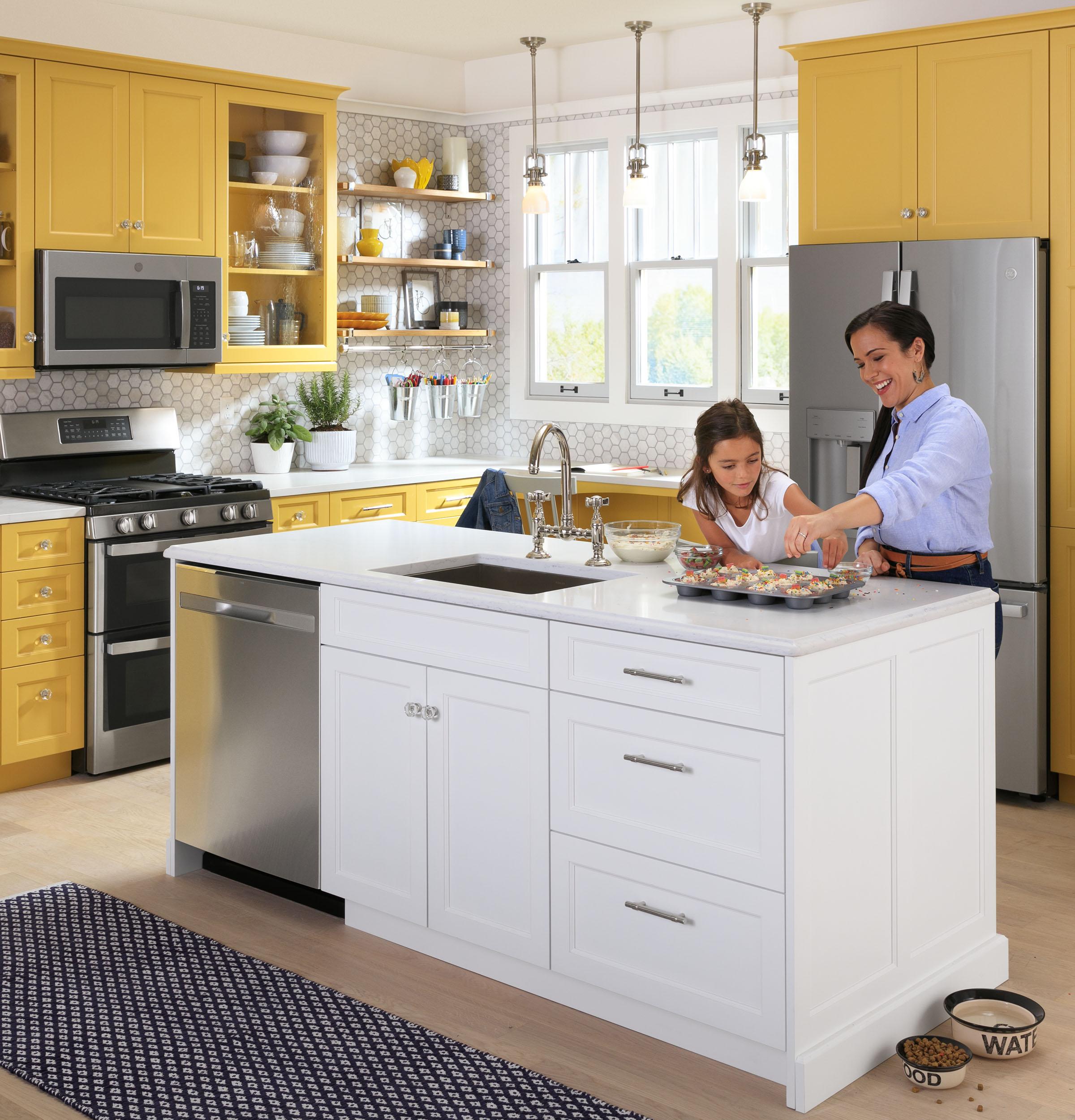 Model: JVM6175YKFS | GE GE® 1.7 Cu. Ft. Over-the-Range Sensor Fingerprint Resistant Microwave Oven
