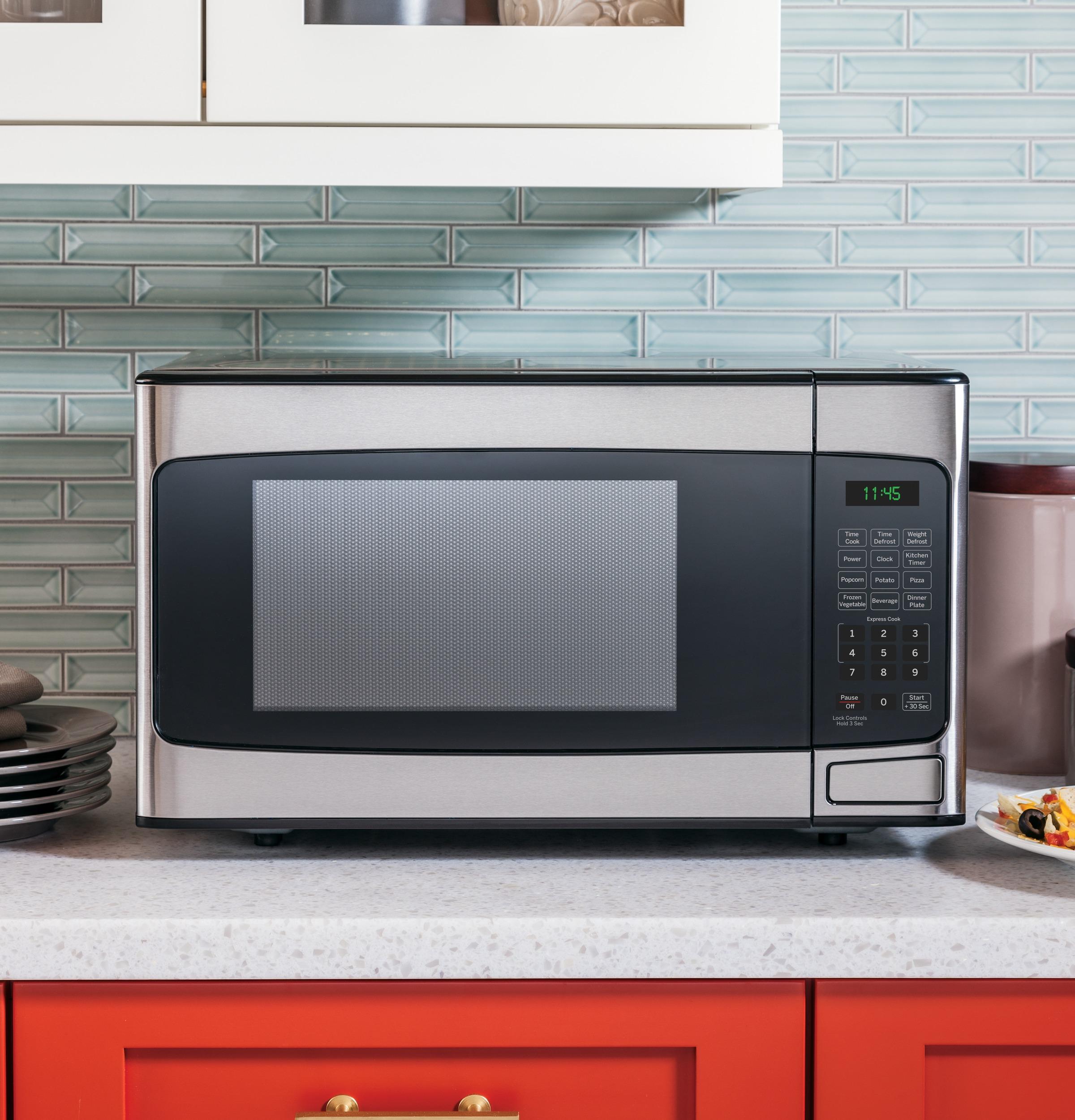 Model: JESP113SPSS   GE GE® 1.1 Cu. Ft. Capacity Countertop Microwave Oven