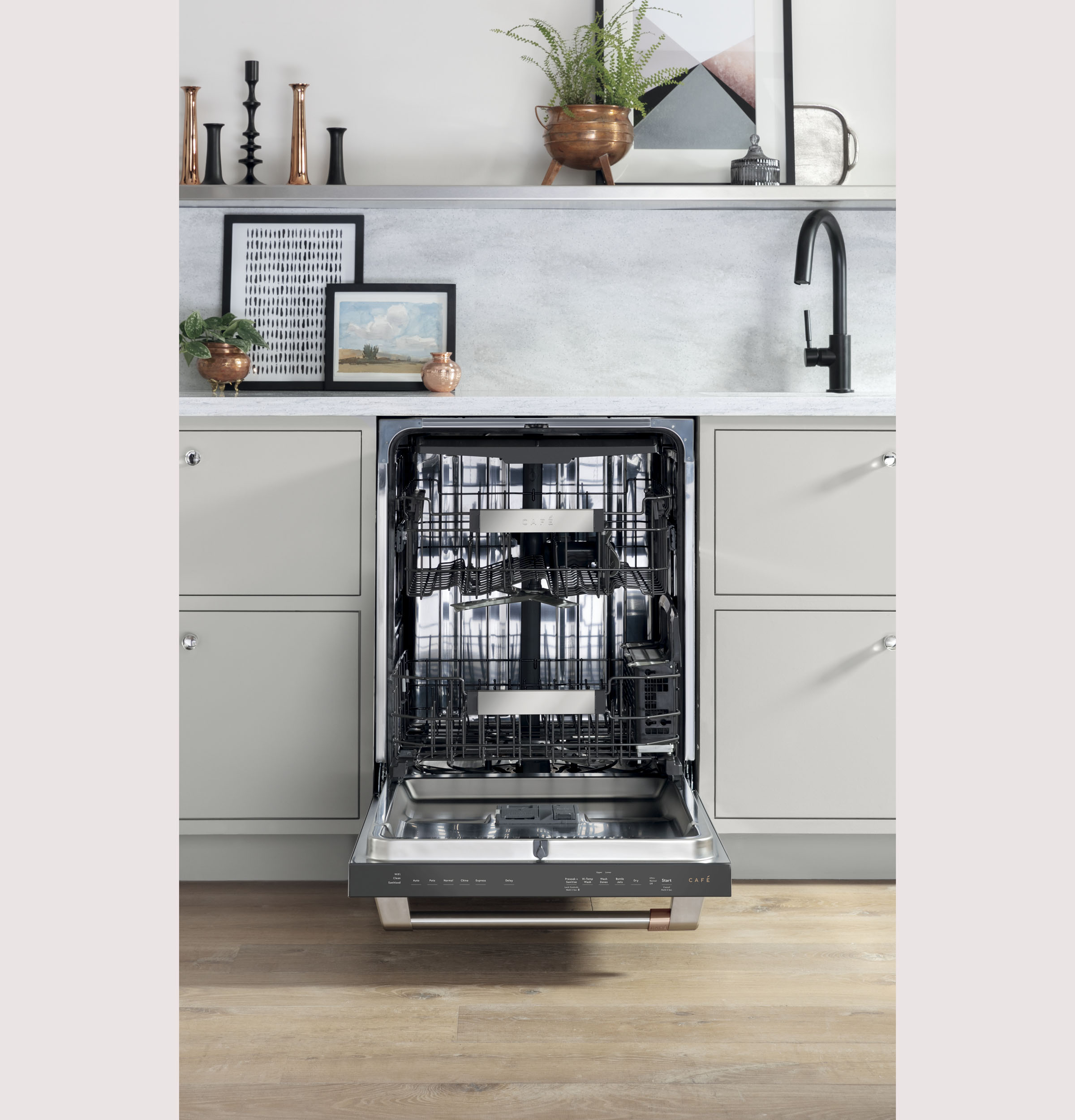 Model: CDT845P3ND1 | Cafe Café™ Stainless Steel Interior Dishwasher with Sanitize and Ultra Wash & Dry