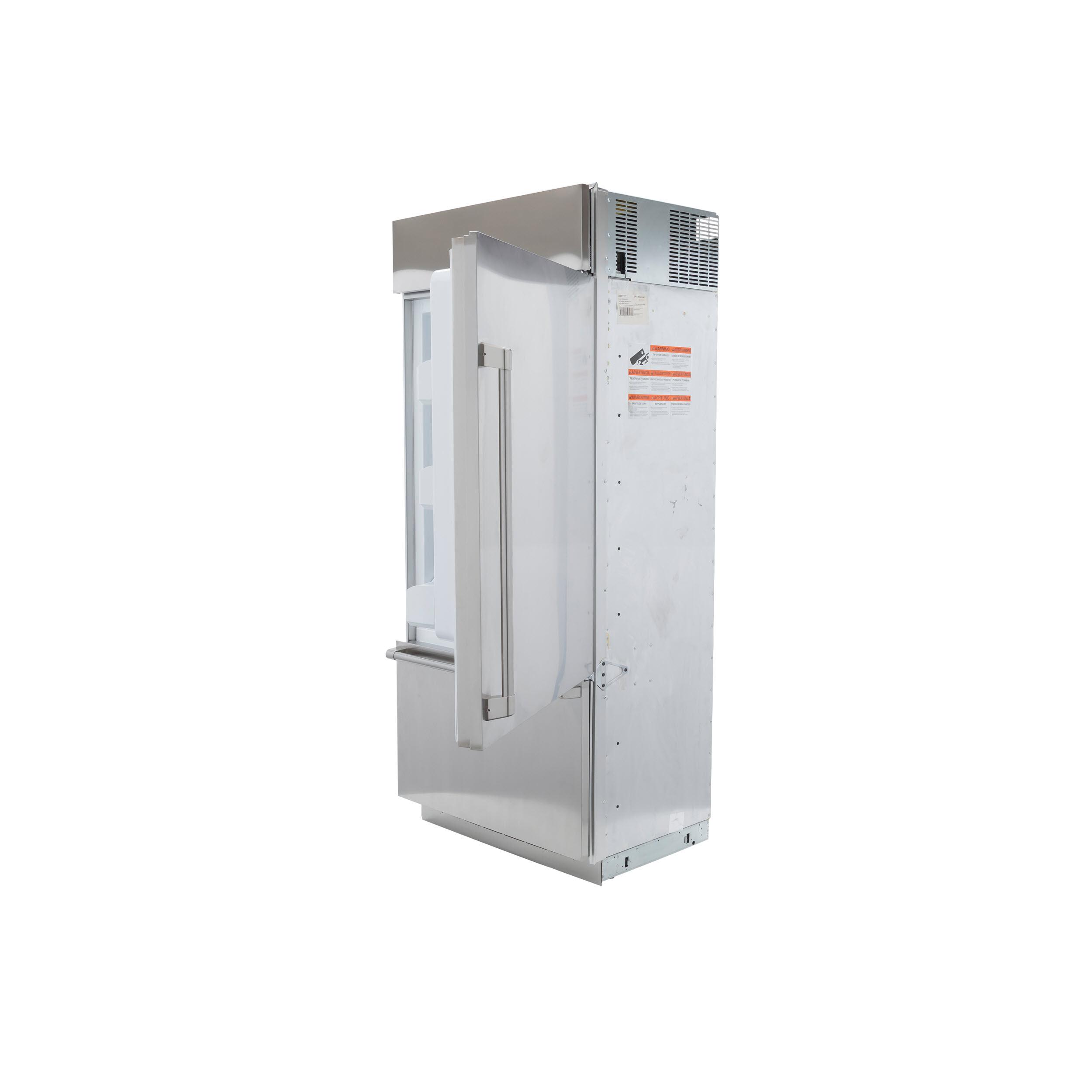 Model: CDB36RP2PS1 | Cafe Café™ 21.3 Cu. Ft. Built-In Bottom-Freezer Refrigerator