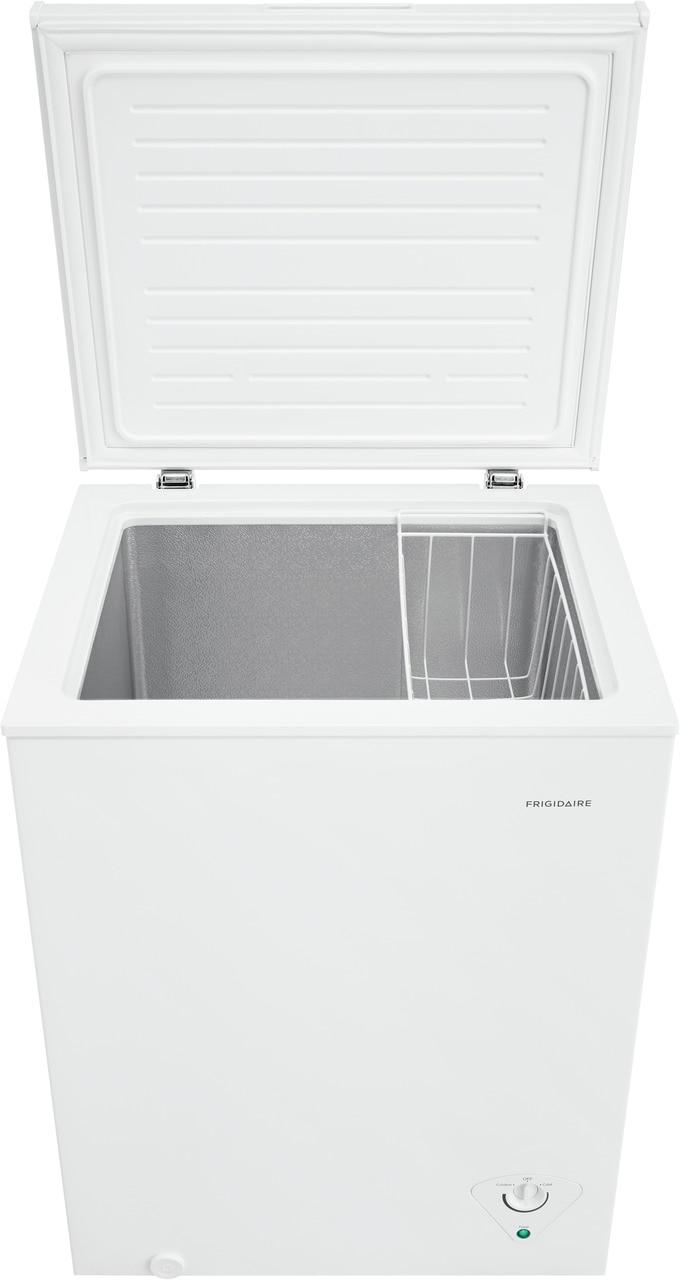 Model: FFCS0522AW | Frigidaire 5 Cu. Ft. Chest Freezer