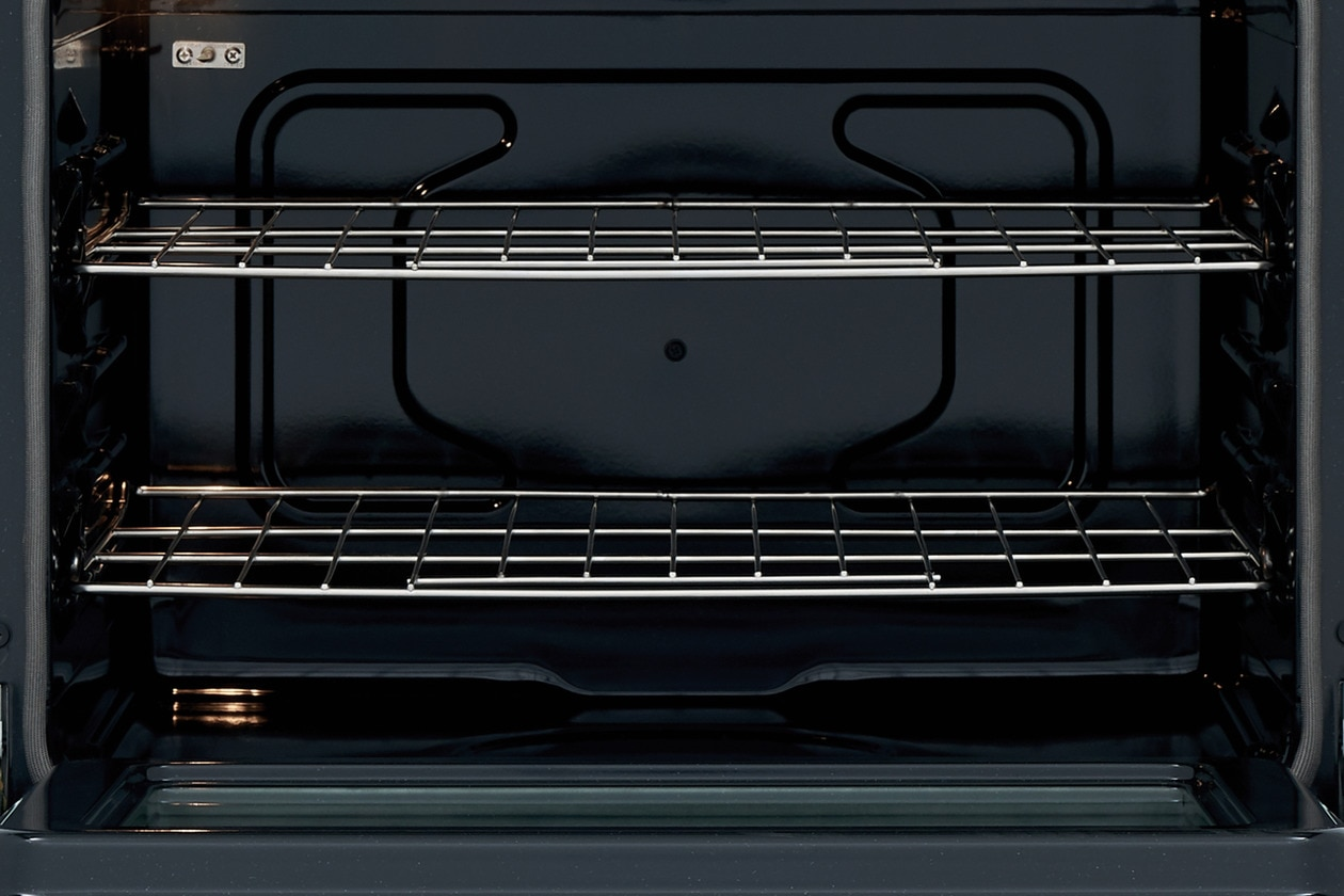 "Model: FFEW2726TB   Frigidaire 27"" Single Electric Wall Oven"