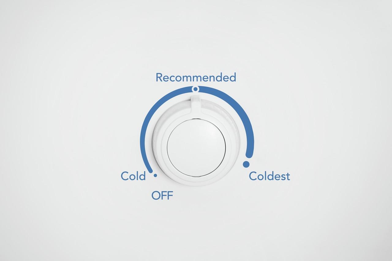 Model: FFFU16F2VW | Frigidaire 16 Cu. Ft Upright Freezer