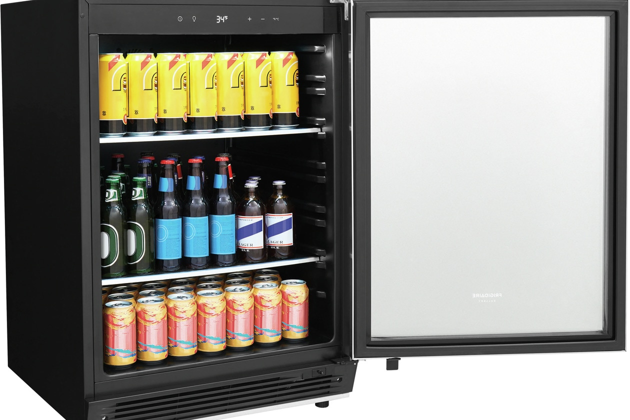 Model: FGBC5334VS | Frigidaire Gallery 5.3 Cu. Ft. Built-In Beverage Center