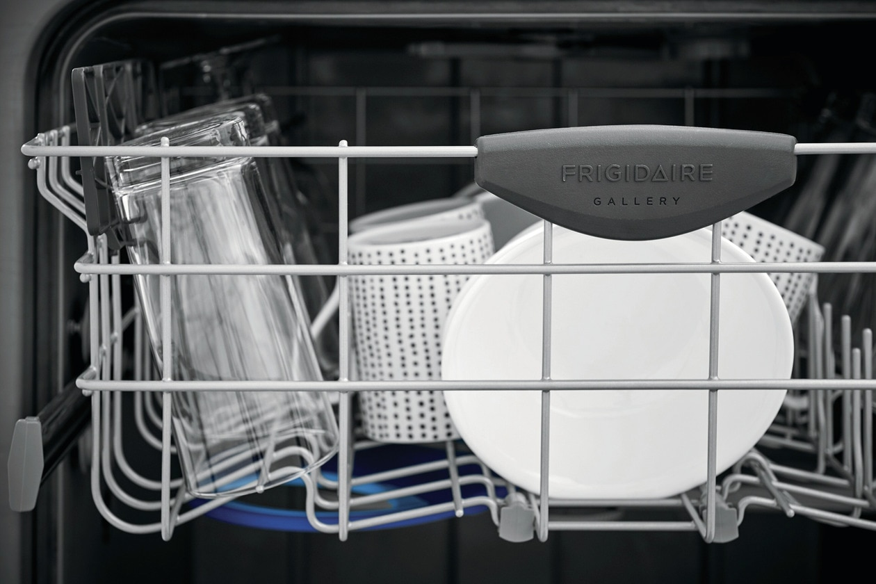 "Model: FGIP2468UF | Frigidaire Gallery 24"" Built-In Dishwasher with Dual OrbitClean® Wash System"