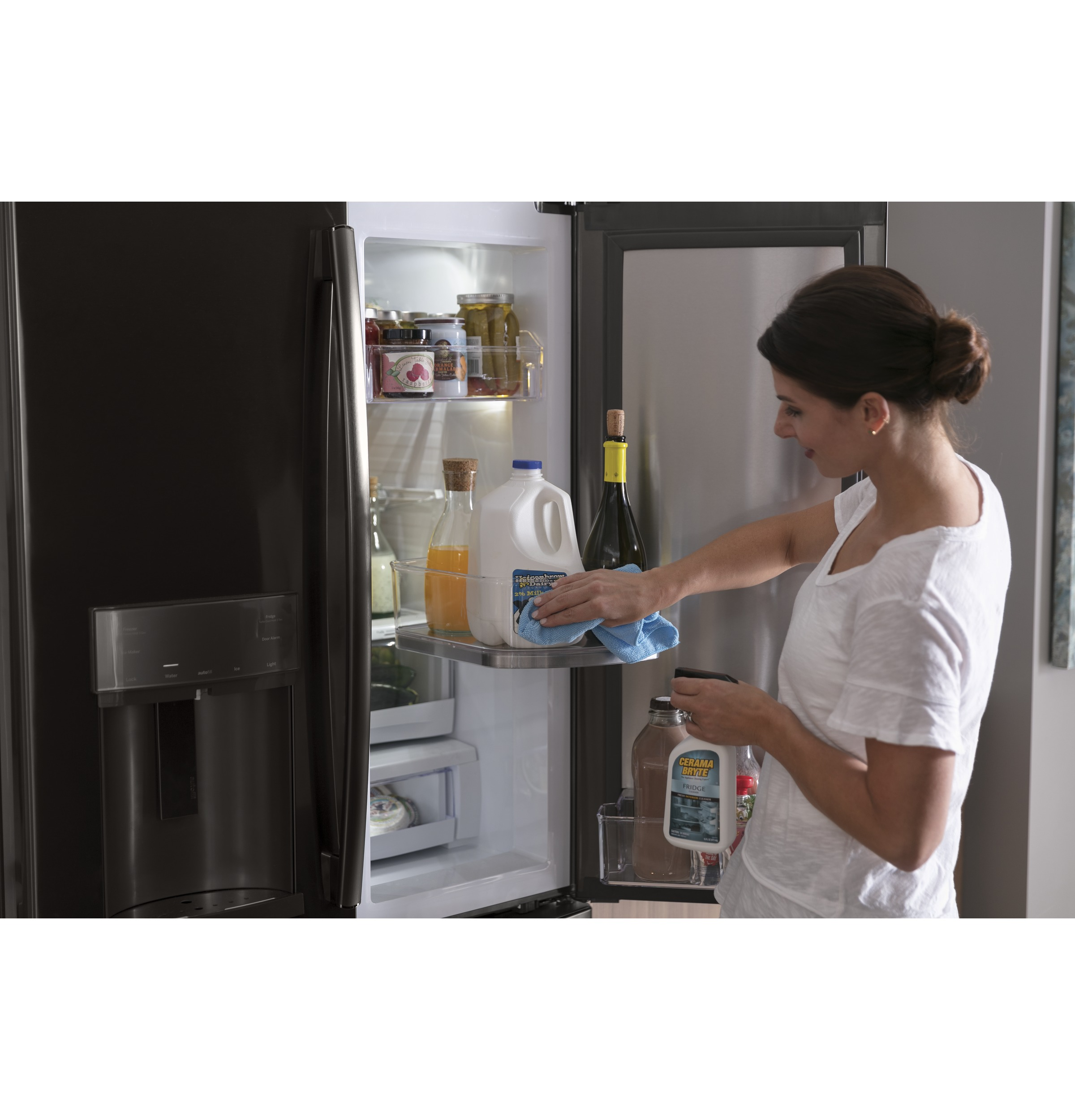 Model: PFD28KBLTS | GE Profile GE Profile™ Series 27.7 Cu. Ft. French-Door Refrigerator with Door In Door and Hands-Free AutoFill