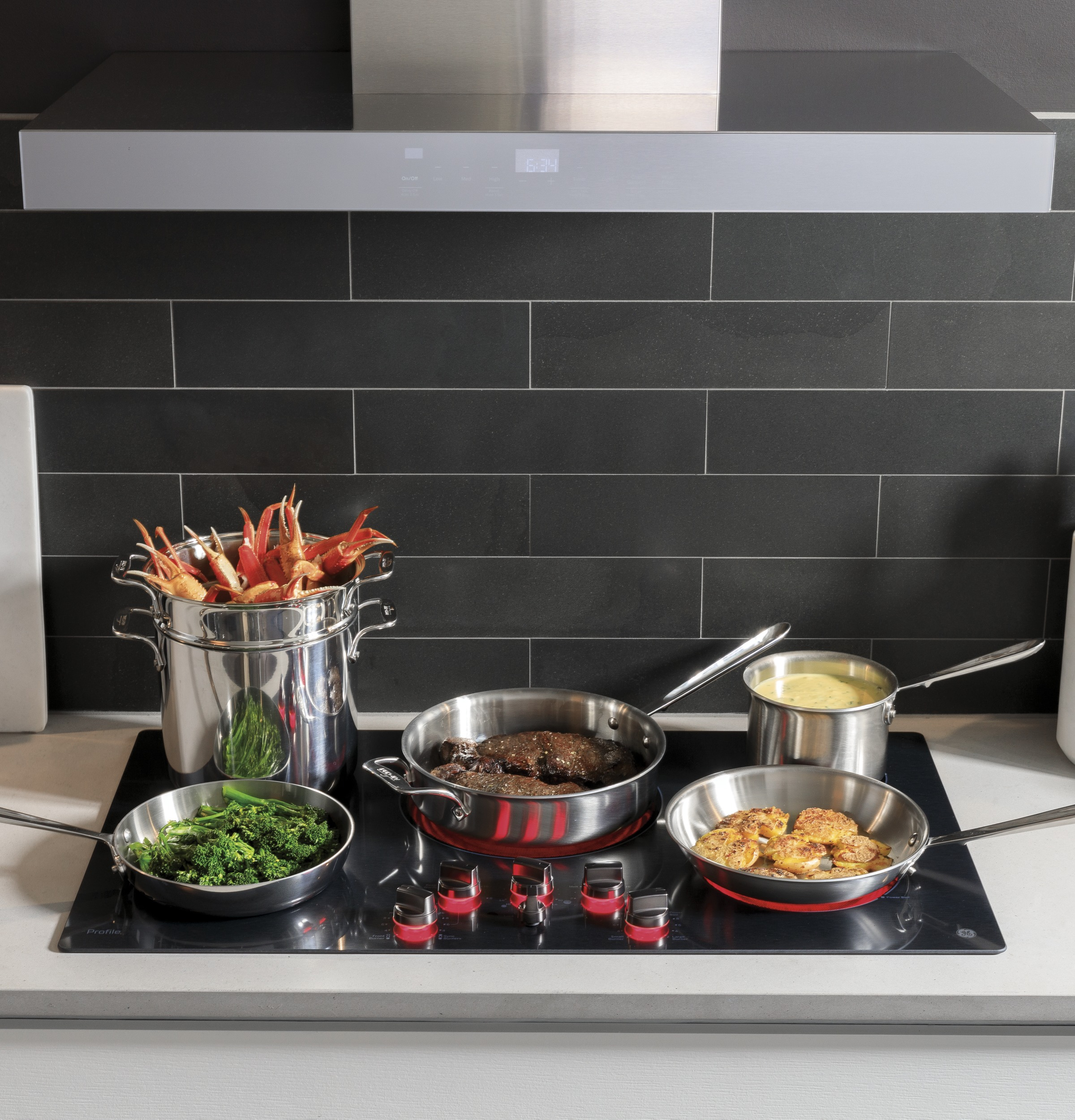 """Model: PP7036BMTS 