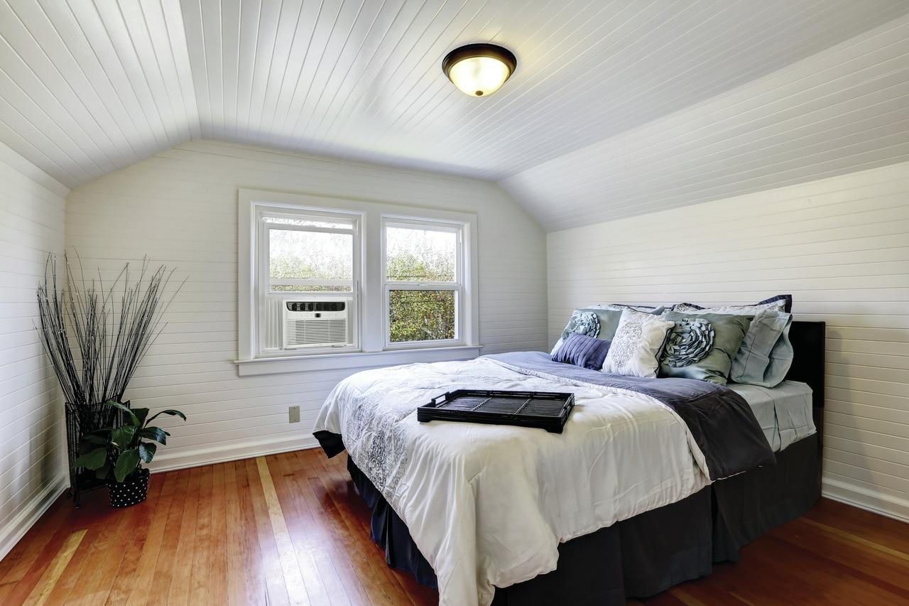 Model: FFRE123WA1   Frigidaire 12,000 BTU Window-Mounted Room Air Conditioner
