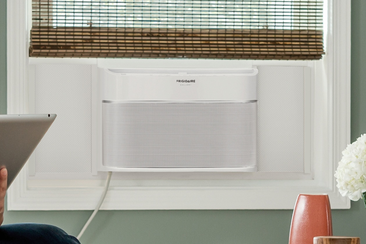 Model: FGRC1244T1 | Frigidaire Gallery 12,000 BTU Cool Connect™ Smart Room Air Conditioner with Wi-Fi Control