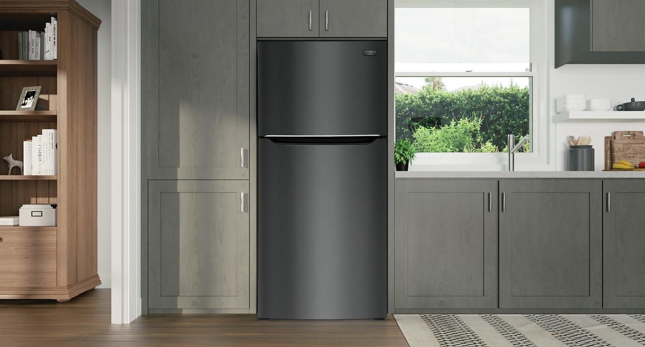 Model: FGHT2055VD   Frigidaire Gallery 20.0 Cu. Ft. Top Freezer Refrigerator