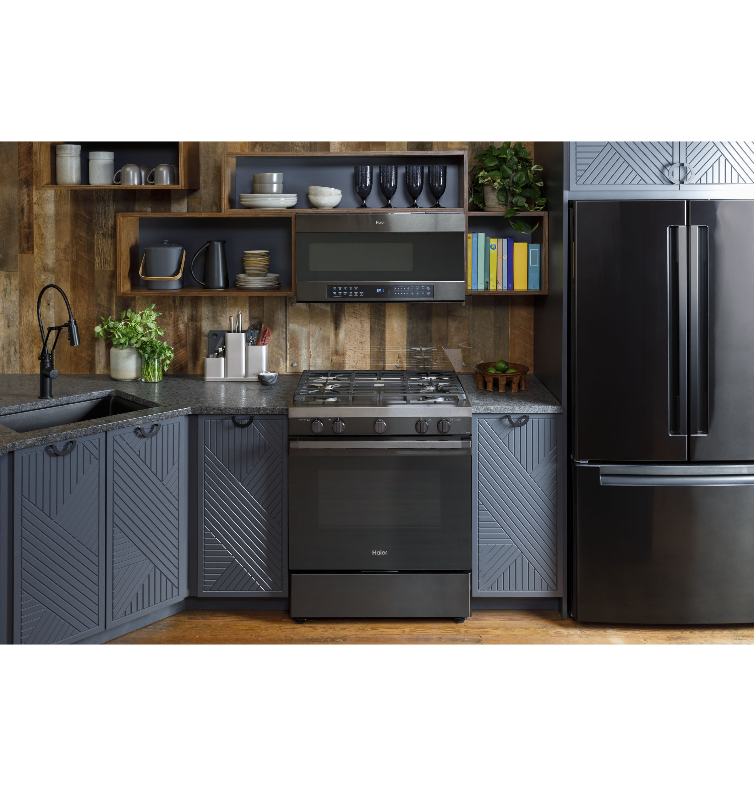 """Model: QGSS740BNTS 